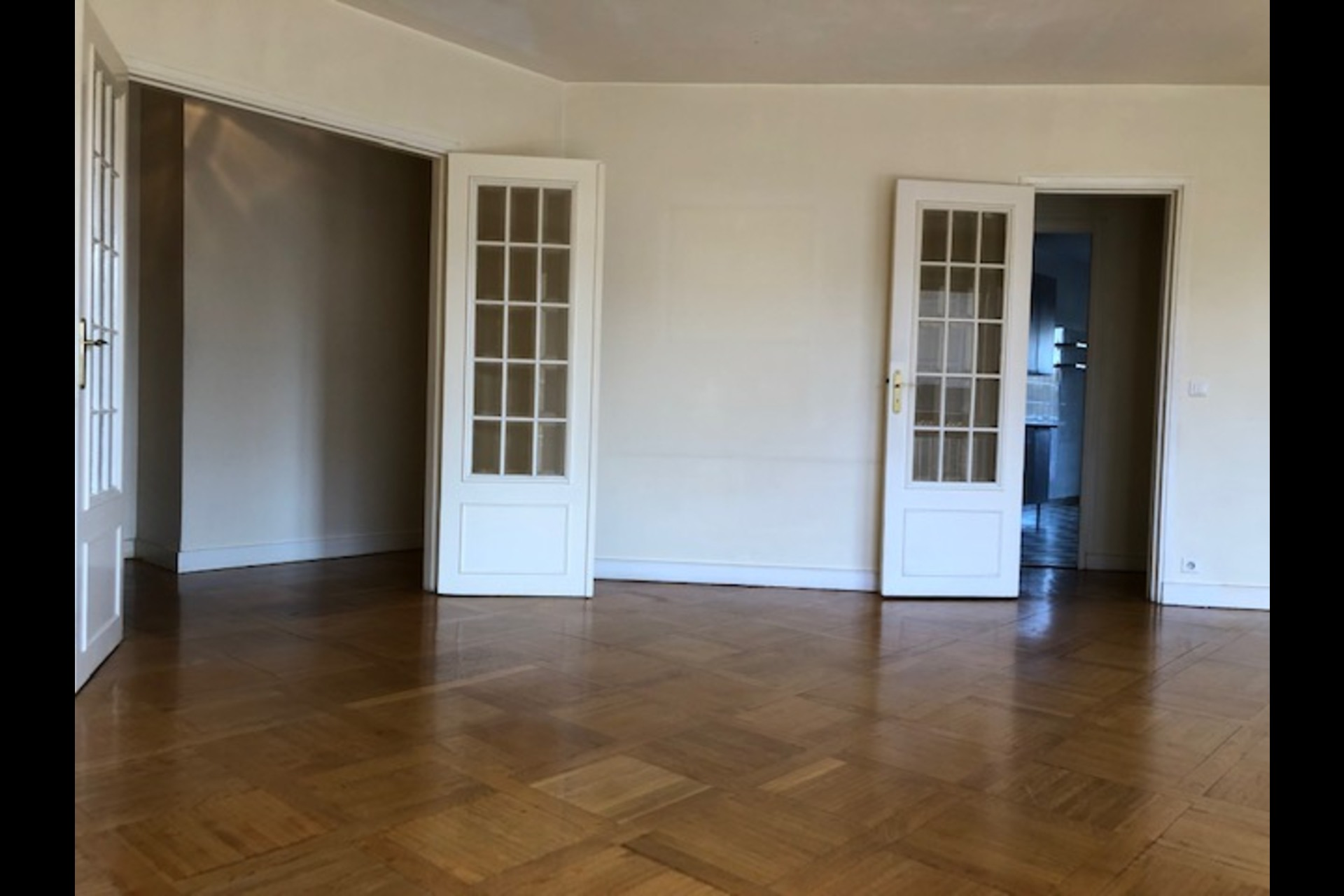 image 3 - Apartment For rent saint germain en laye - 5 rooms
