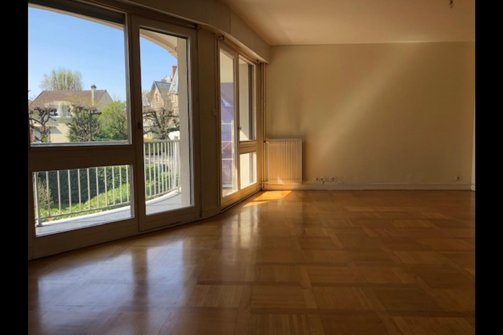 image 4 - Apartment For rent saint germain en laye - 5 rooms