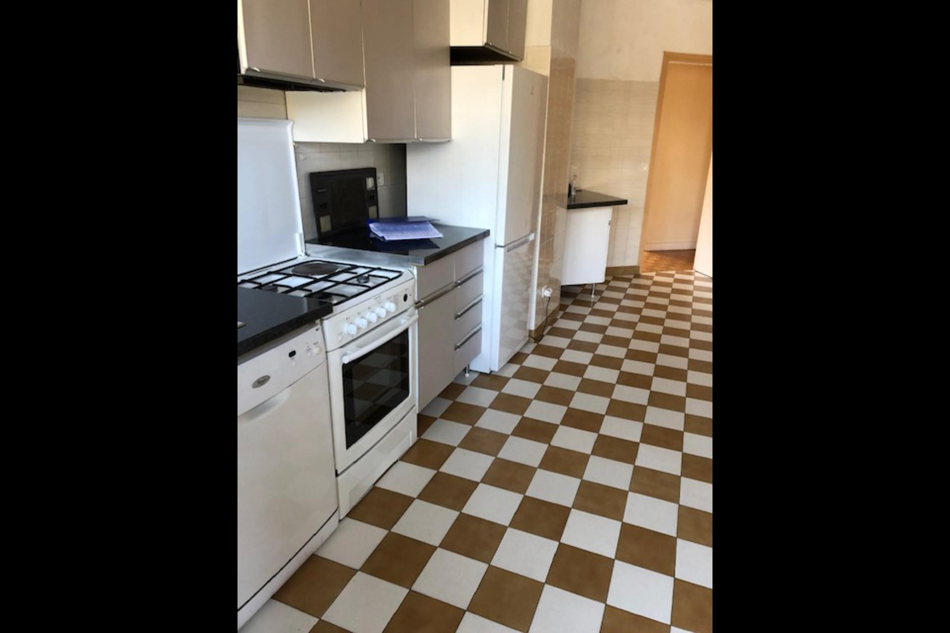 image 5 - Apartment For rent saint germain en laye - 5 rooms