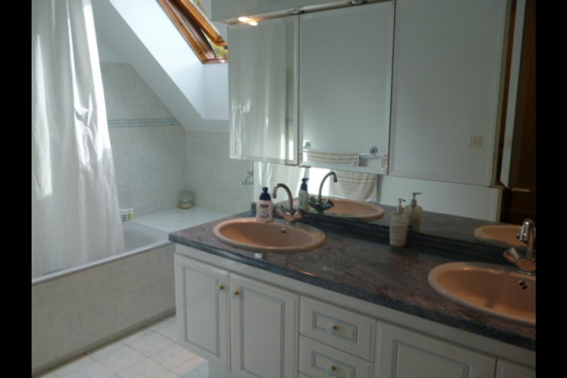 image 4 - House For rent feucherolles - 6 rooms