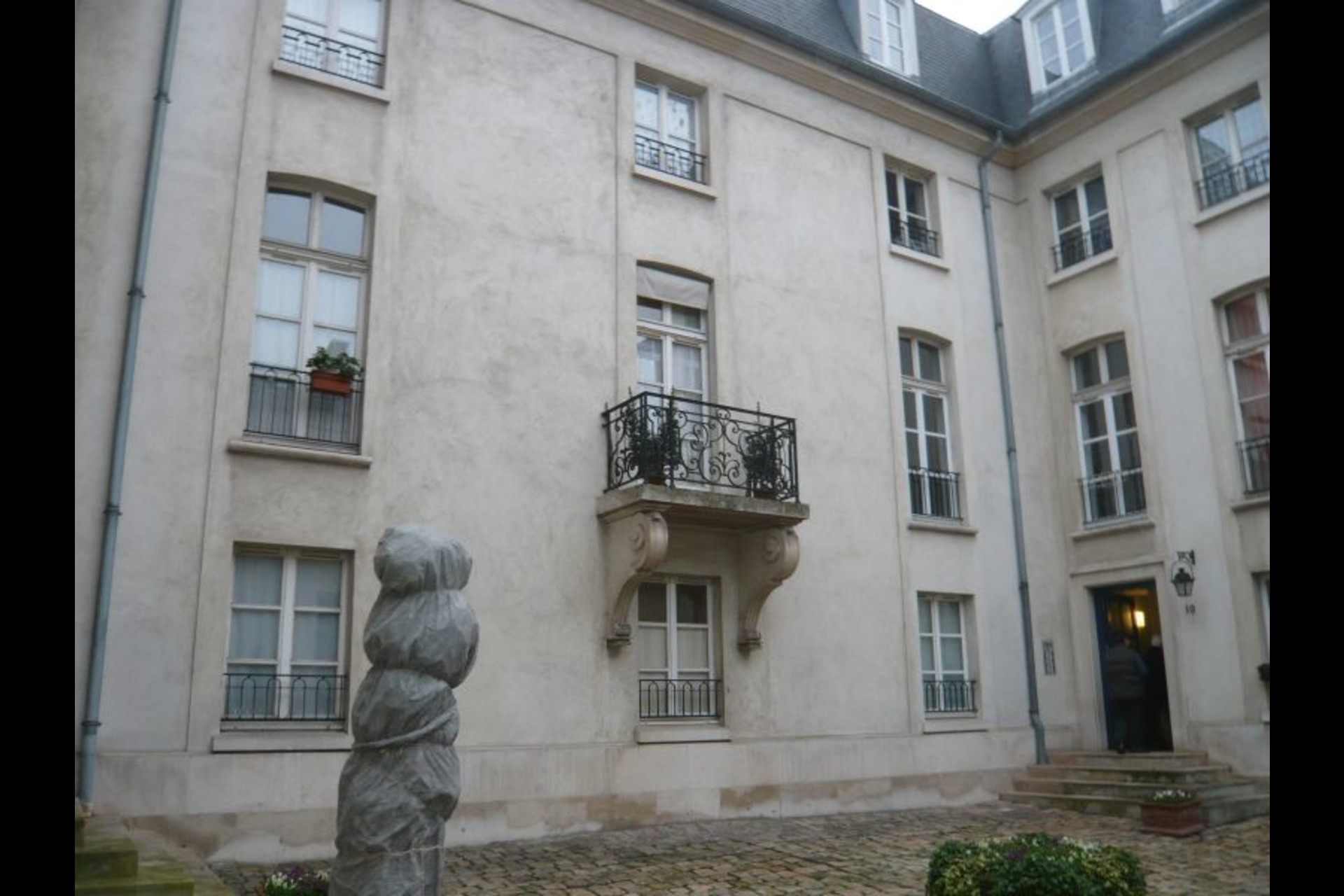 image 0 - Apartment For rent saint germain en laye - 1 room