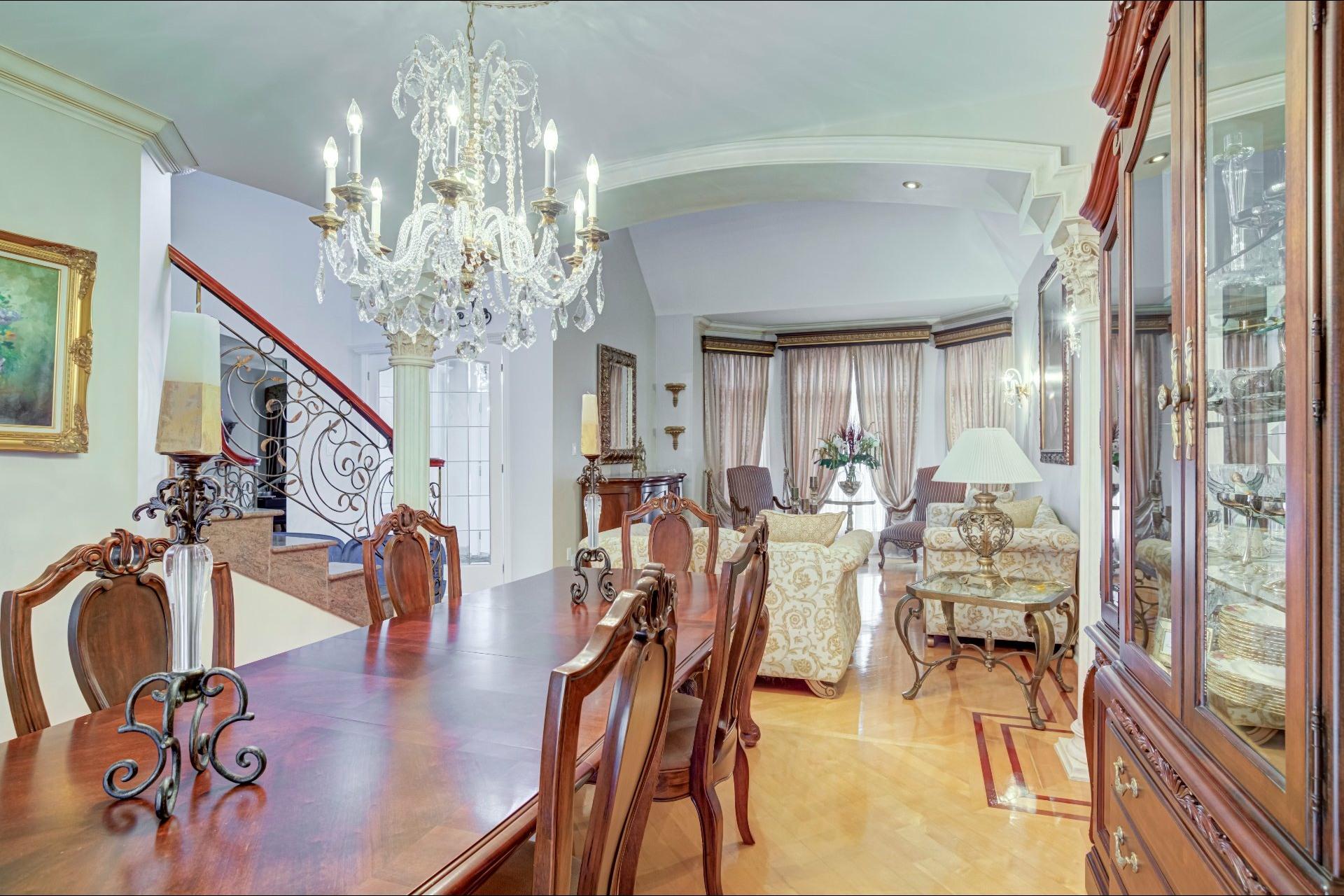 image 13 - Maison À vendre Duvernay Laval  - 13 pièces