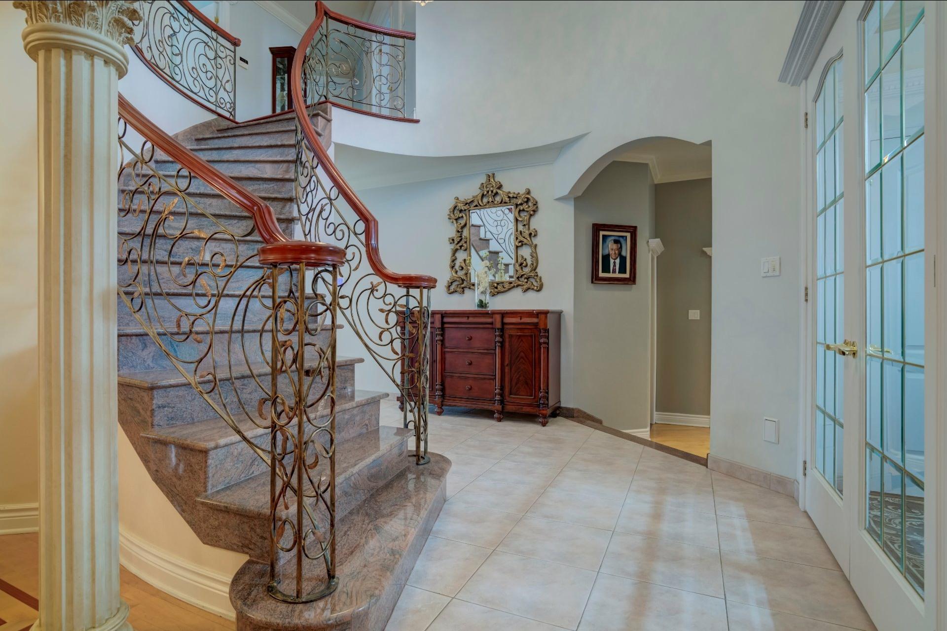 image 22 - Maison À vendre Duvernay Laval  - 13 pièces