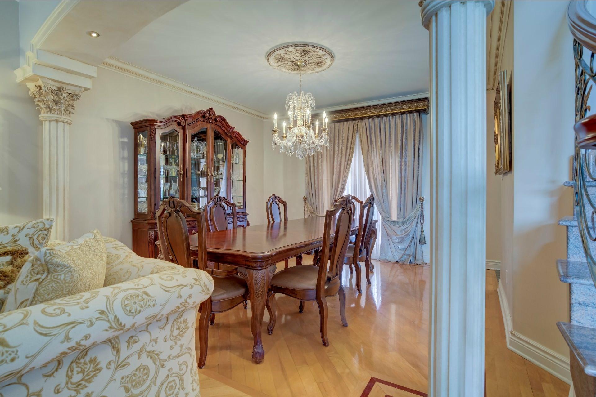 image 12 - Maison À vendre Duvernay Laval  - 13 pièces