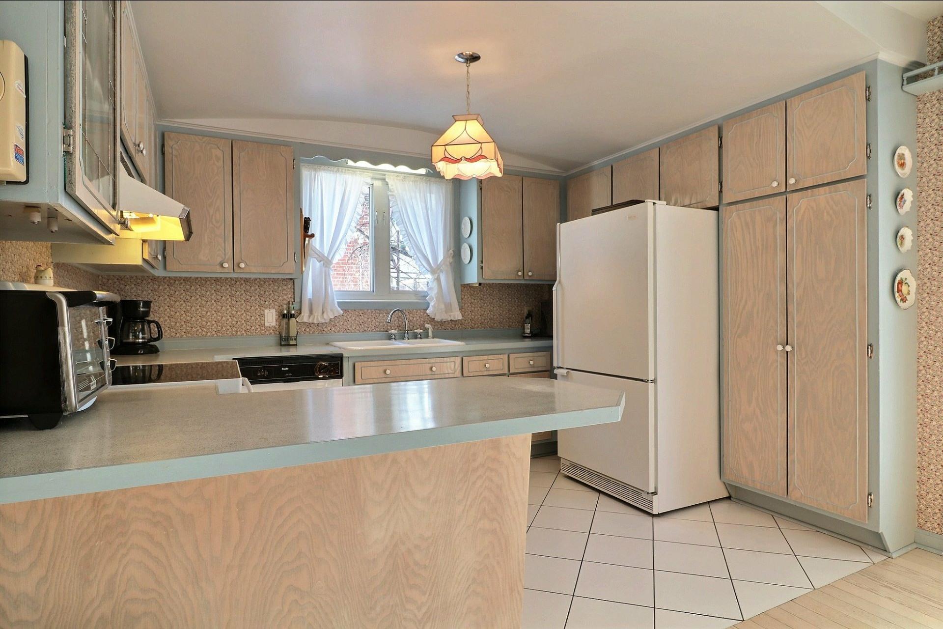 image 8 - Duplex À vendre Montréal-Nord Montréal  - 5 pièces