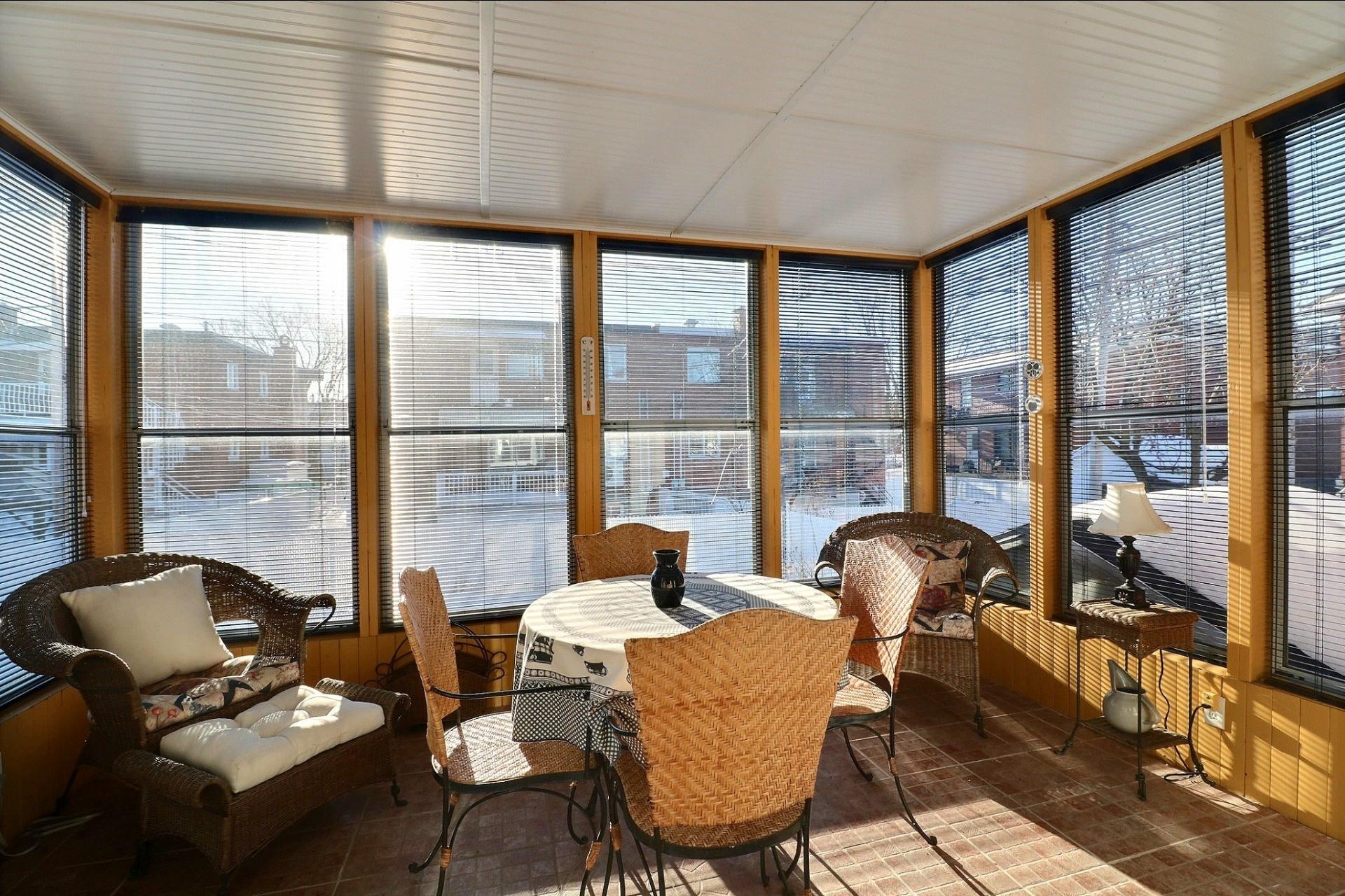 image 10 - Duplex À vendre Montréal-Nord Montréal  - 5 pièces