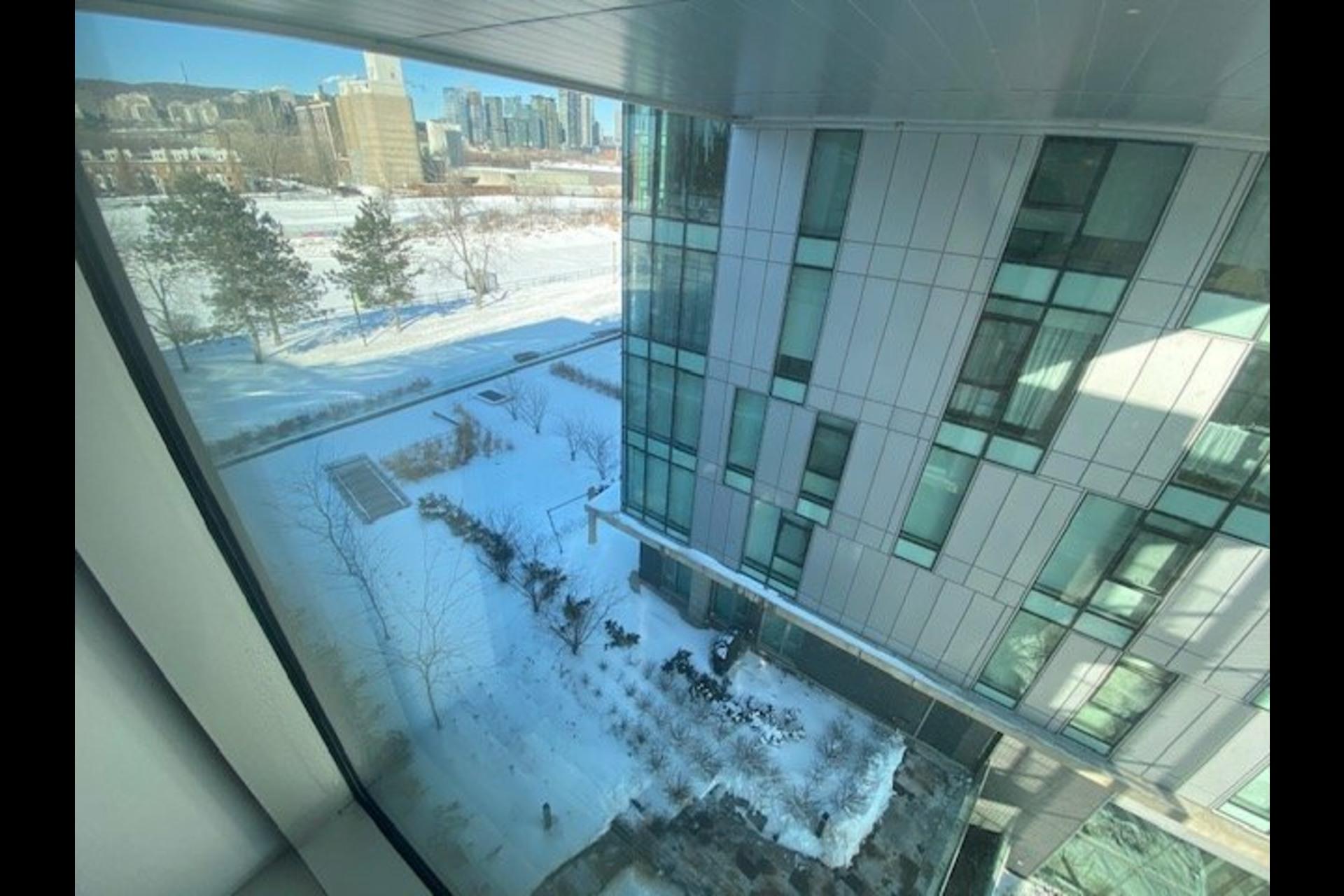 image 23 - Appartement À vendre Le Sud-Ouest Montréal  - 6 pièces