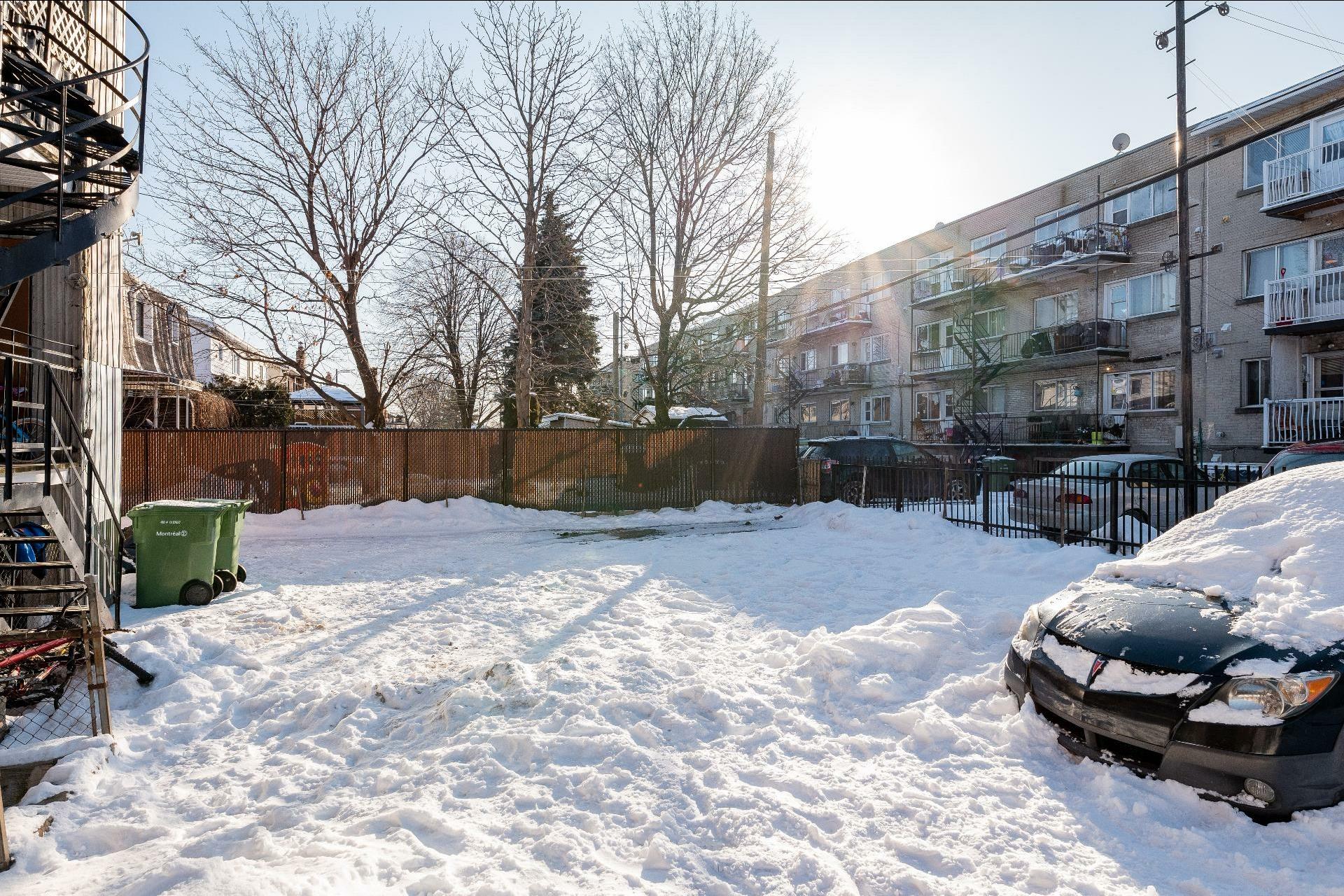 image 27 - Immeuble à revenus À vendre Anjou Montréal  - 5 pièces
