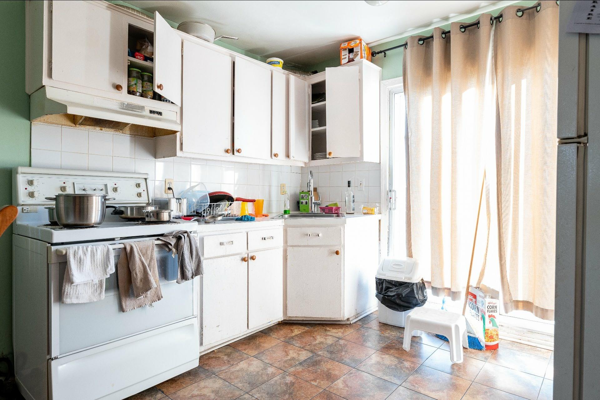 image 35 - Immeuble à revenus À vendre Anjou Montréal  - 5 pièces