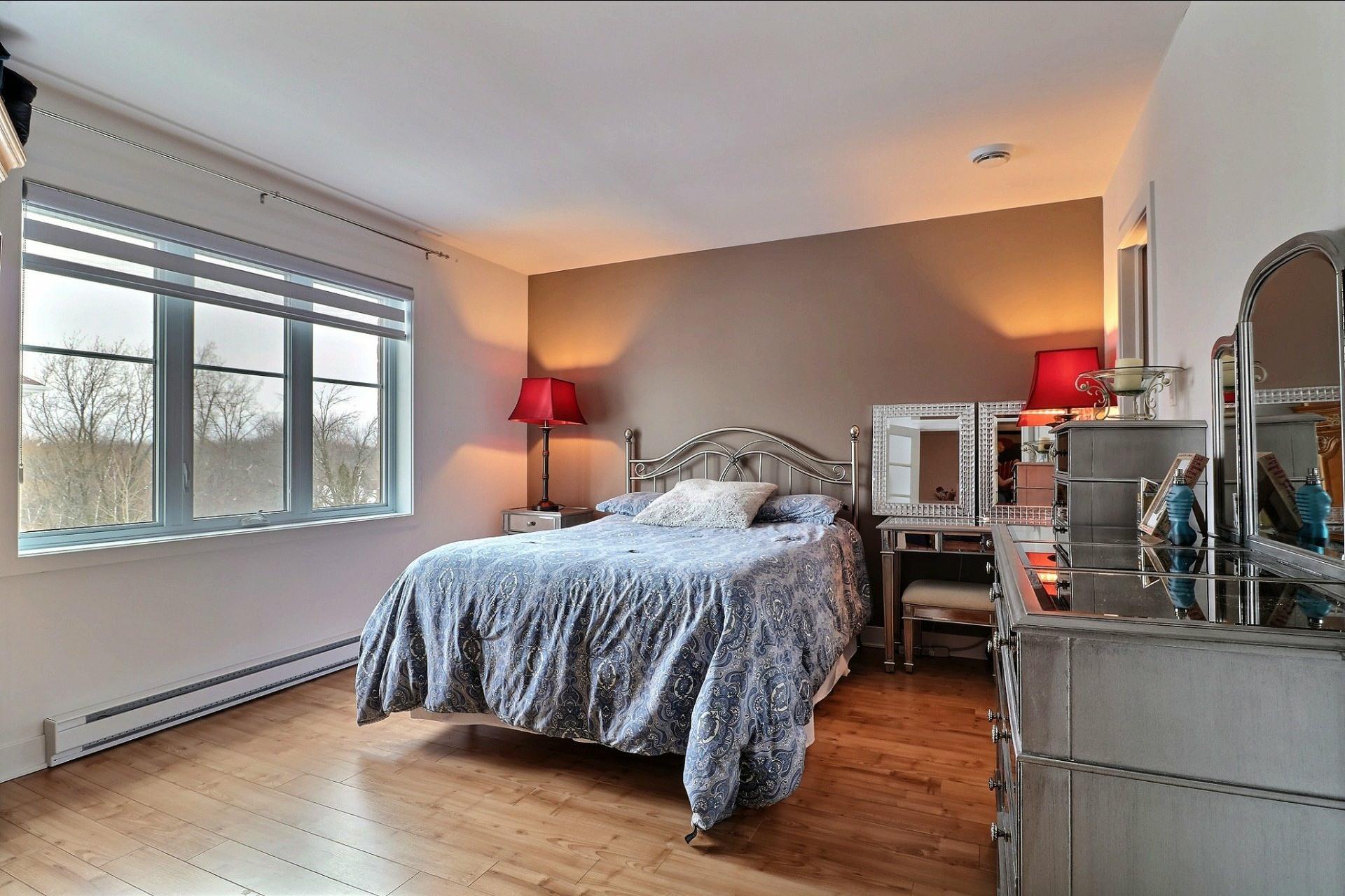 image 13 - Appartement À vendre Auteuil Laval  - 7 pièces