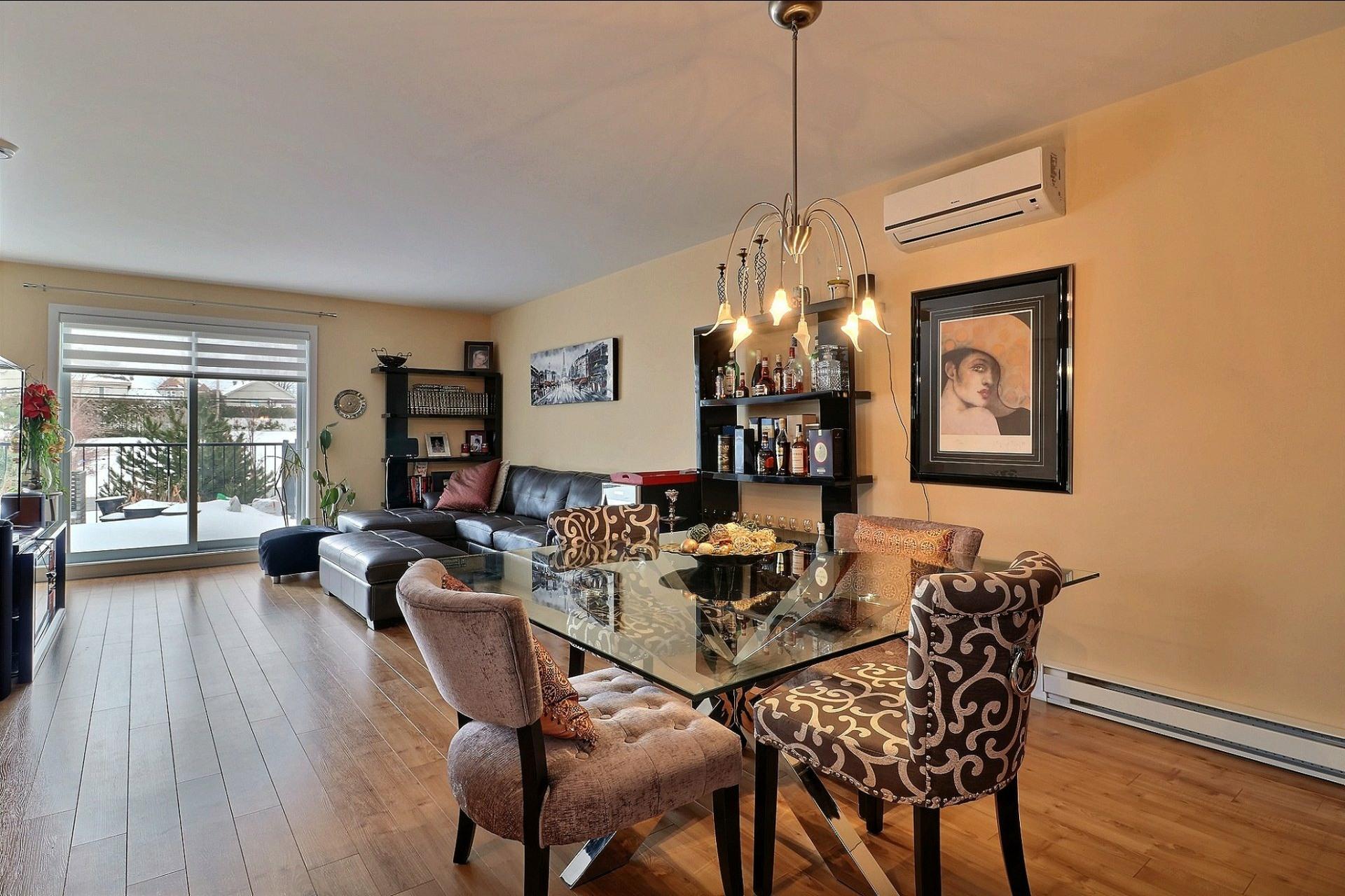 image 2 - Appartement À vendre Auteuil Laval  - 7 pièces