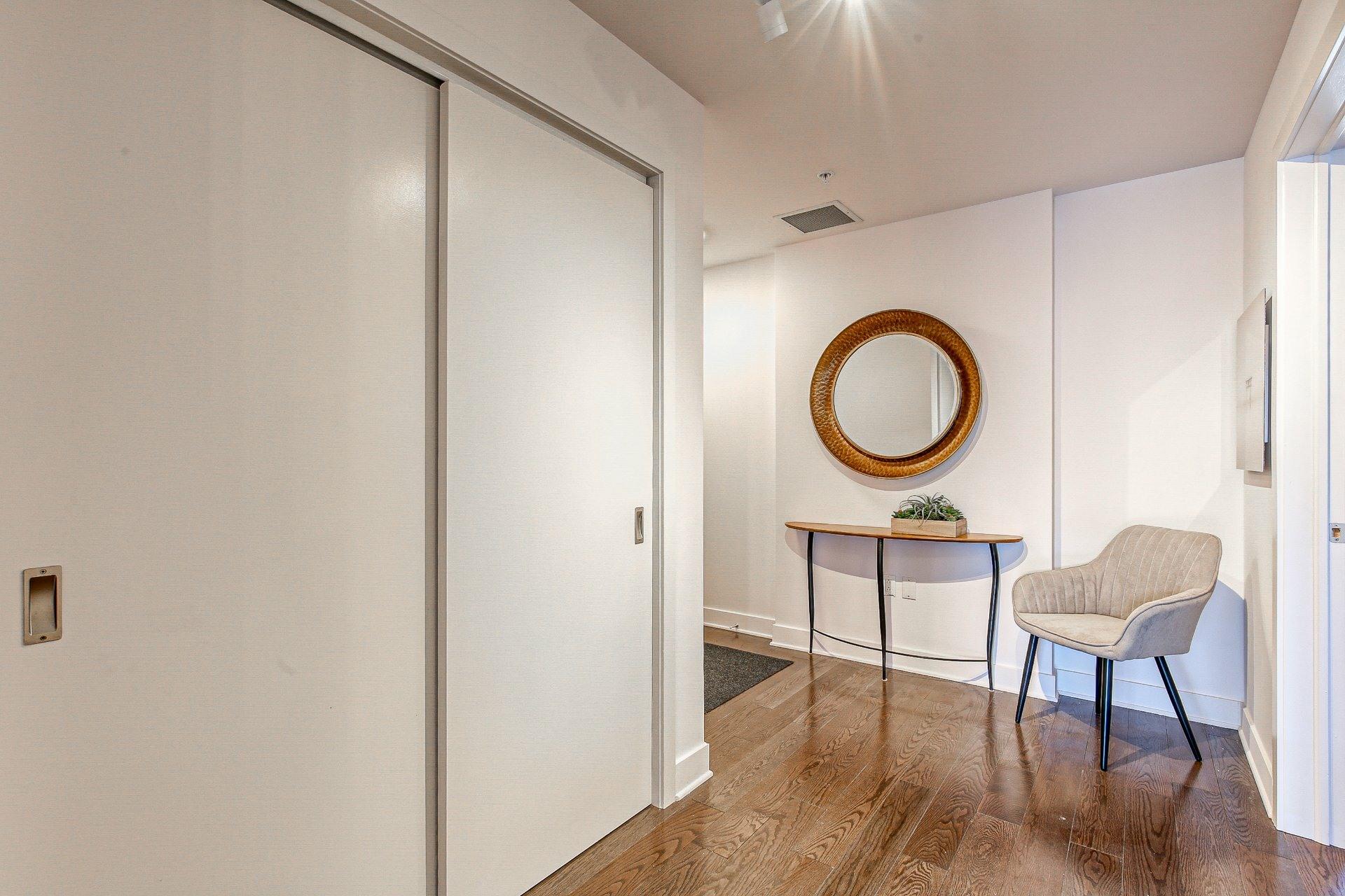 image 11 - Appartement À vendre Ville-Marie Montréal  - 8 pièces