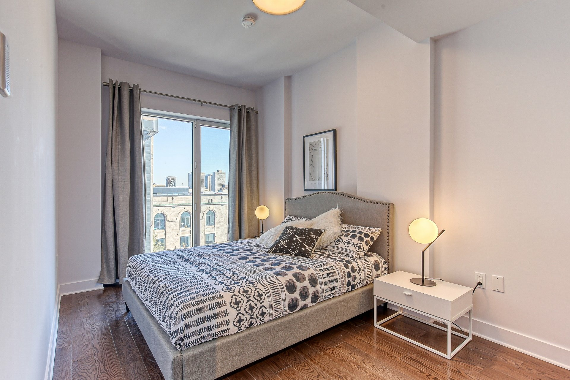 image 8 - Appartement À vendre Ville-Marie Montréal  - 8 pièces