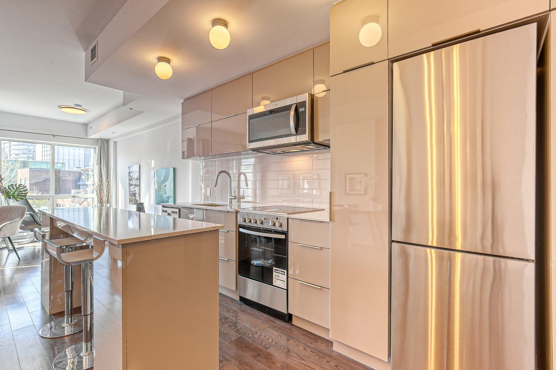 image 1 - Appartement À vendre Ville-Marie Montréal  - 8 pièces