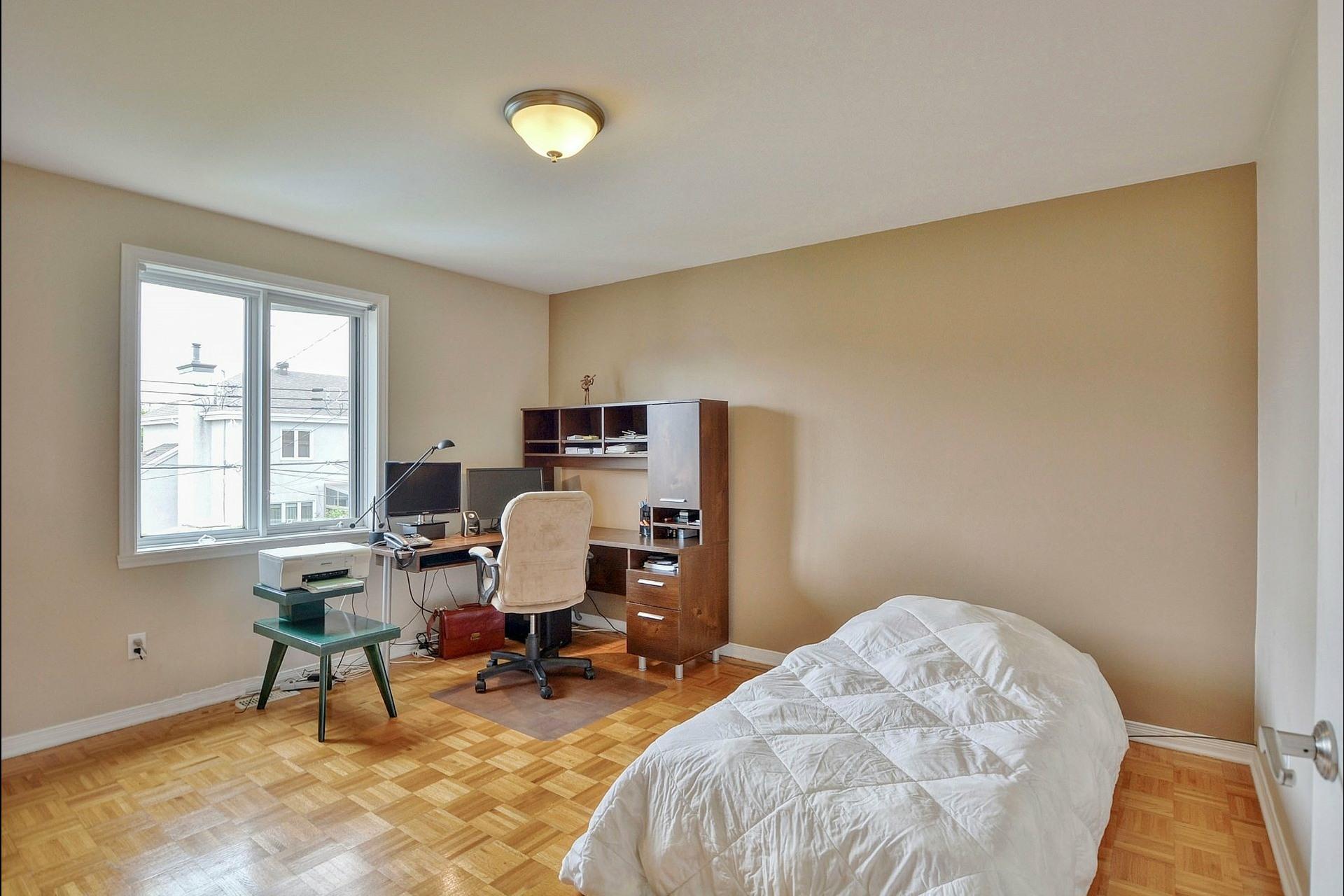 image 26 - Maison À vendre Vimont Laval  - 12 pièces