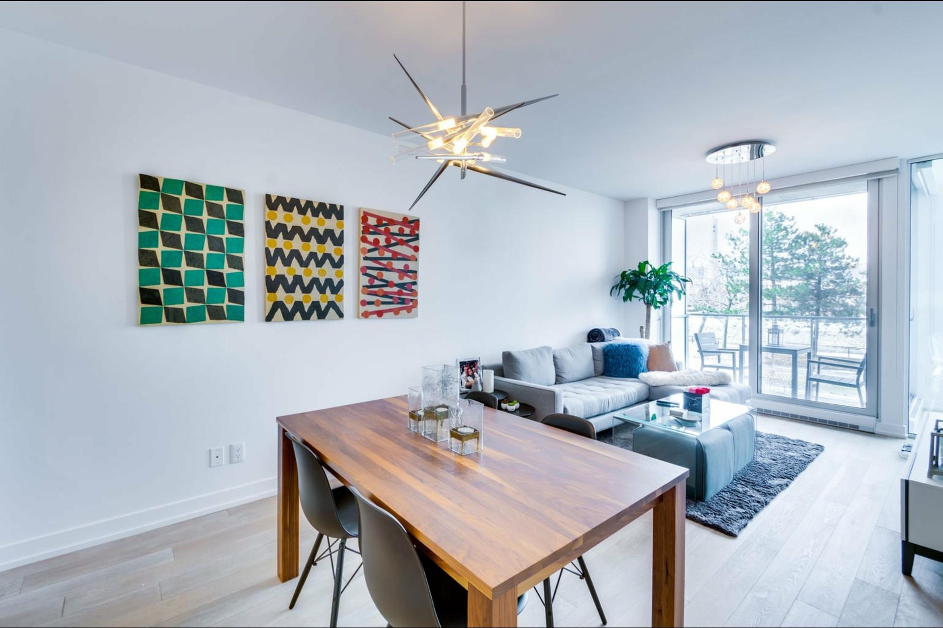 image 3 - Appartement À louer Le Sud-Ouest Montréal  - 3 pièces