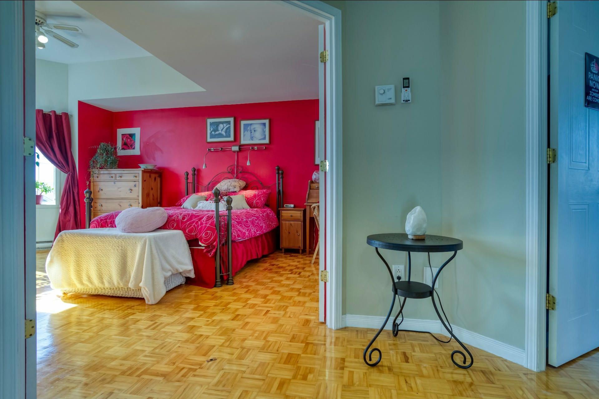 image 19 - Maison À vendre Sainte-Rose Laval  - 8 pièces