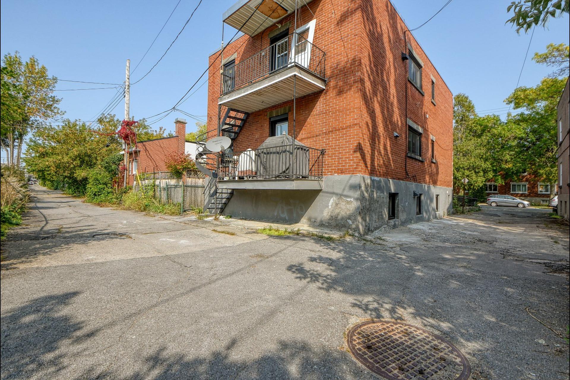 image 11 - Duplex À vendre Le Sud-Ouest Montréal  - 4 pièces