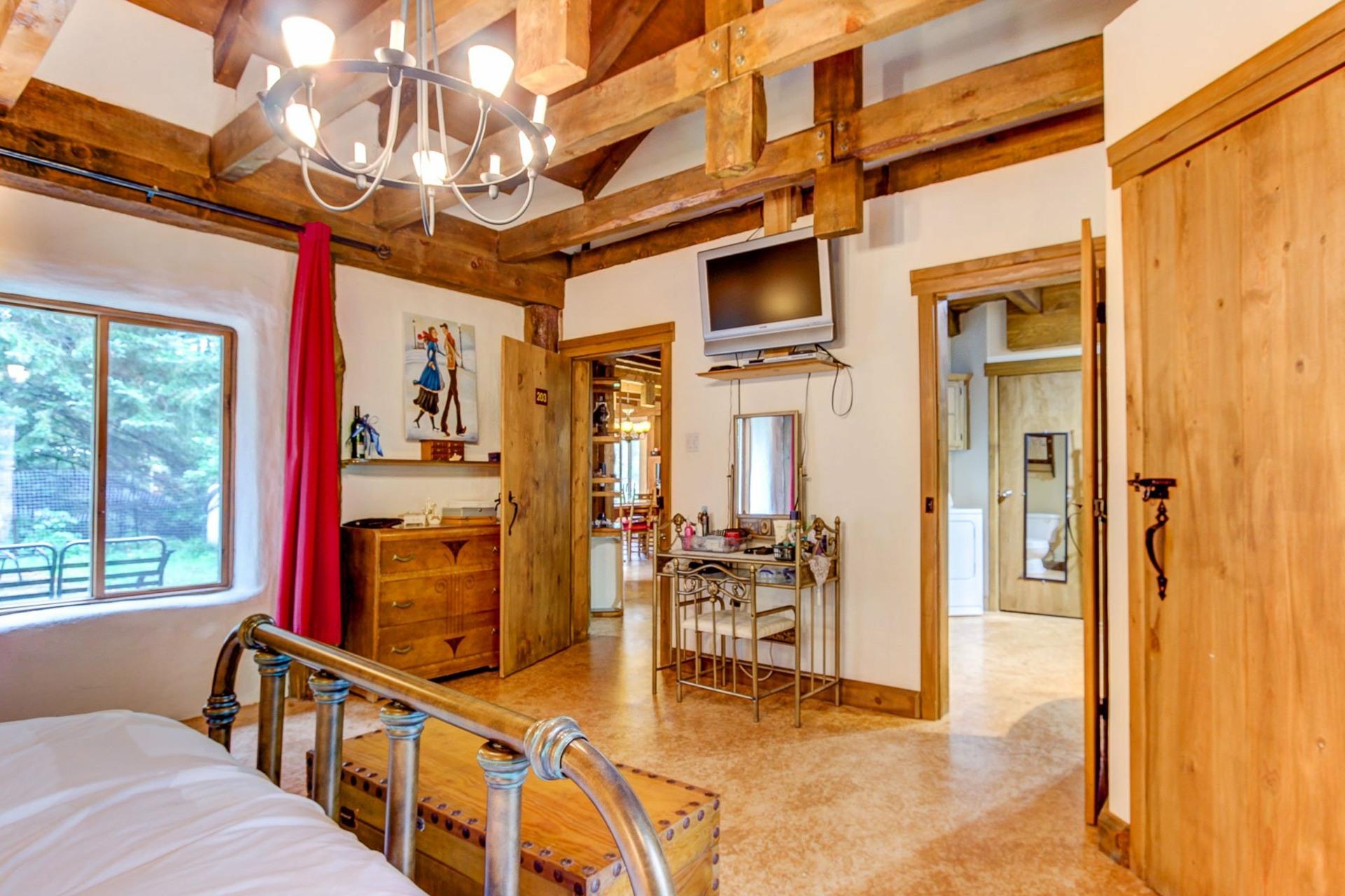 image 11 - Maison À vendre Notre-Dame-du-Mont-Carmel - 10 pièces