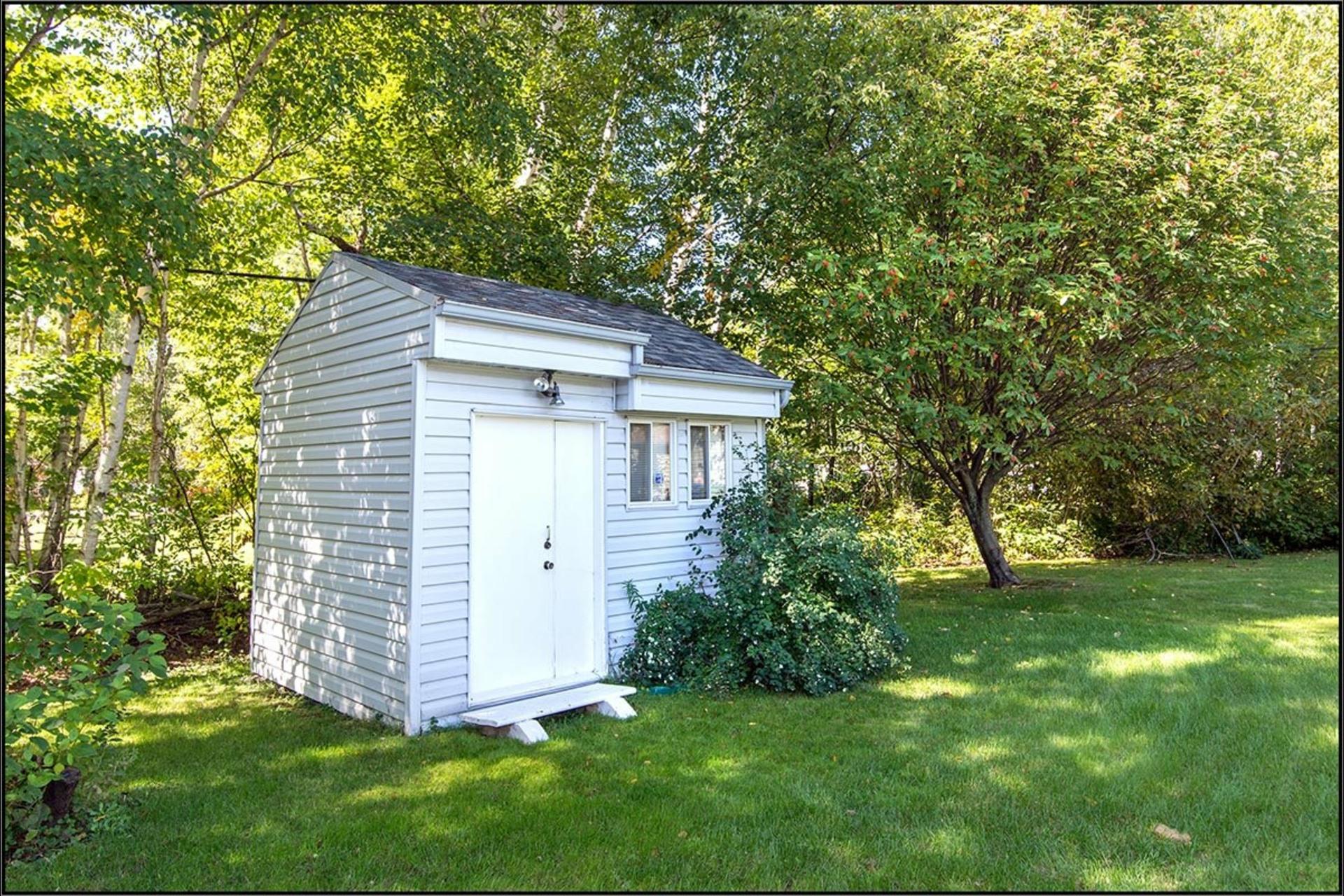 image 14 - House For sale Saint-Ferréol-les-Neiges - 11 rooms