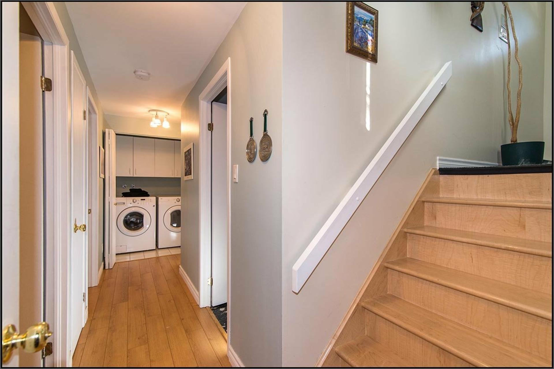 image 8 - House For sale Saint-Ferréol-les-Neiges - 11 rooms