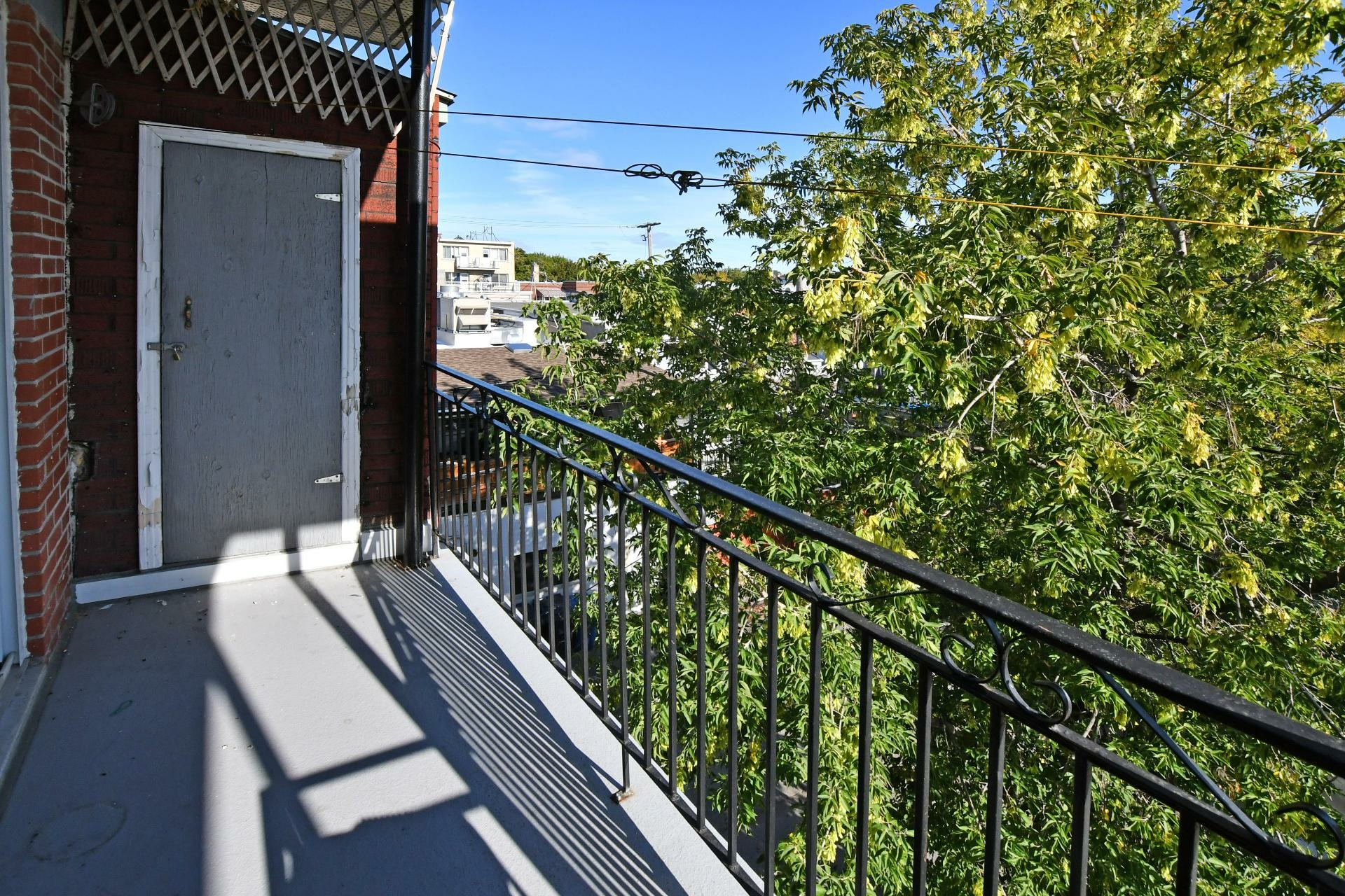 image 8 - Income property For sale Villeray/Saint-Michel/Parc-Extension Montréal  - 4 rooms