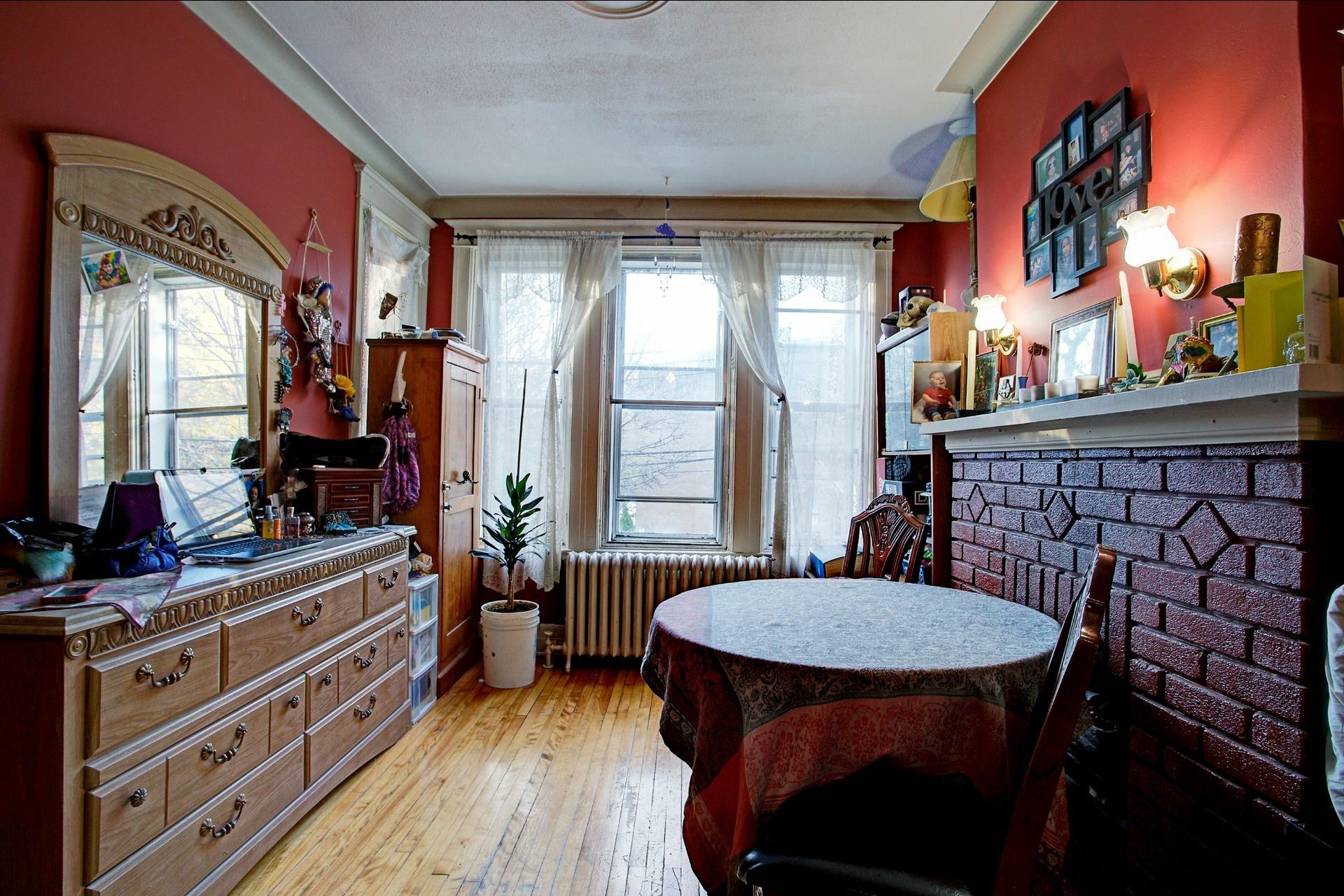 image 4 - Triplex For sale Le Sud-Ouest Montréal  - 6 rooms