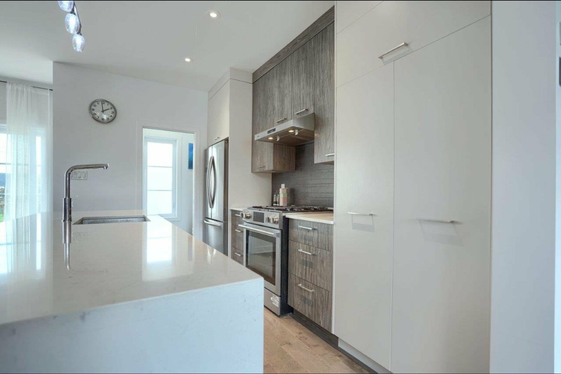 image 5 - House For sale Brossard - 10 rooms