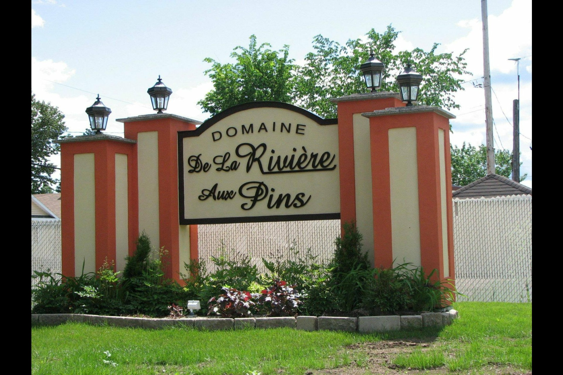 image 1 - House For sale Fossambault-sur-le-Lac - 5 rooms