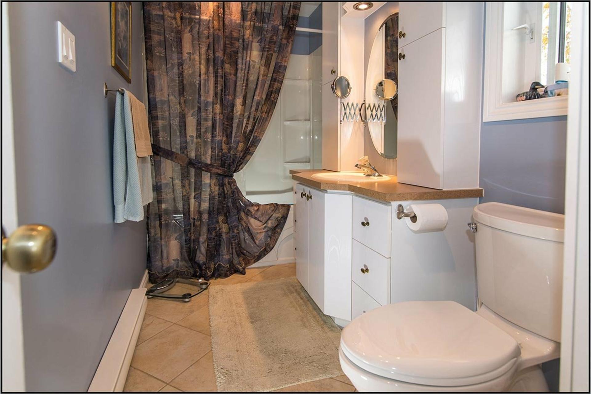 image 10 - House For sale Fossambault-sur-le-Lac - 7 rooms