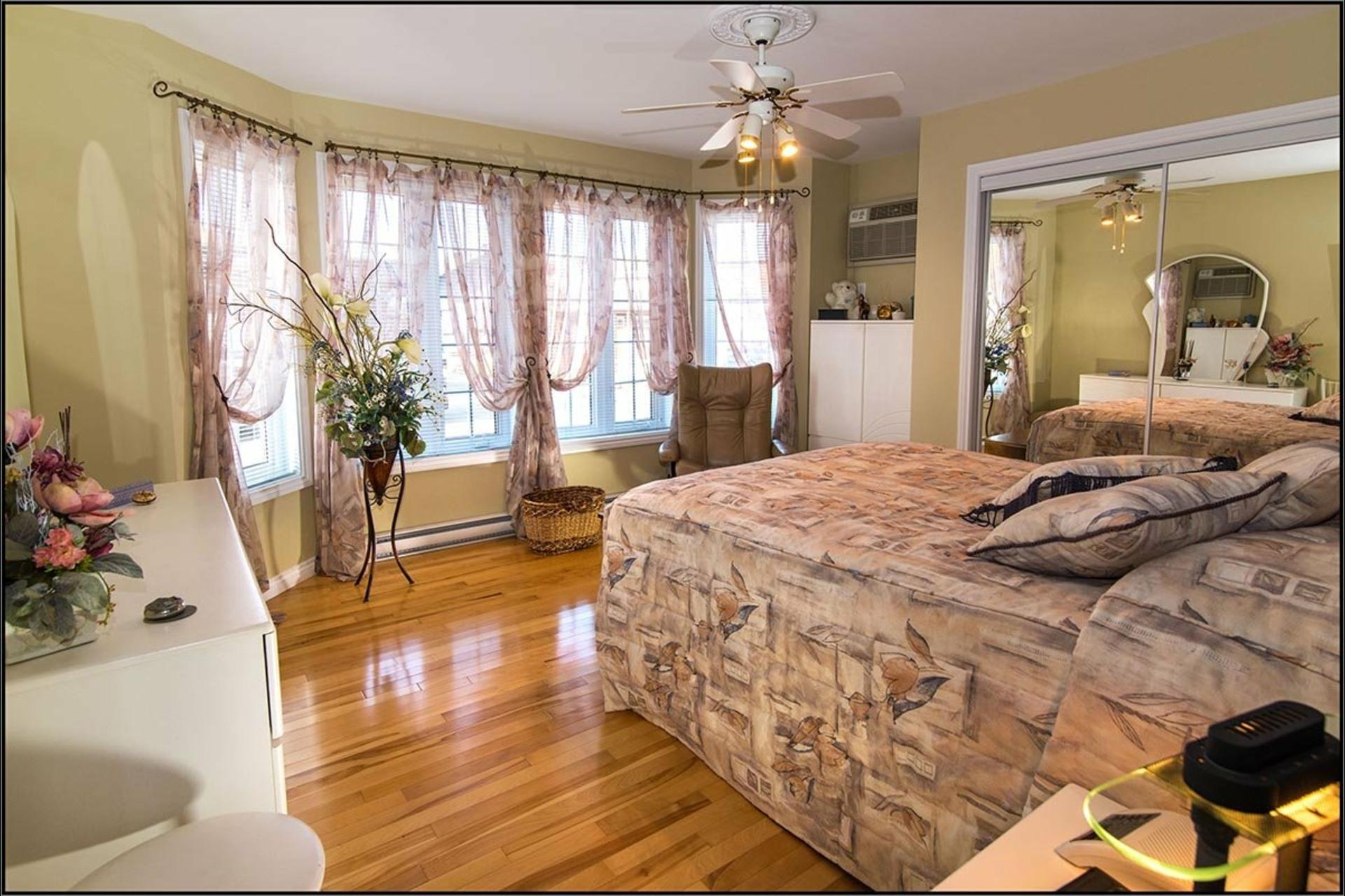 image 8 - House For sale Fossambault-sur-le-Lac - 7 rooms