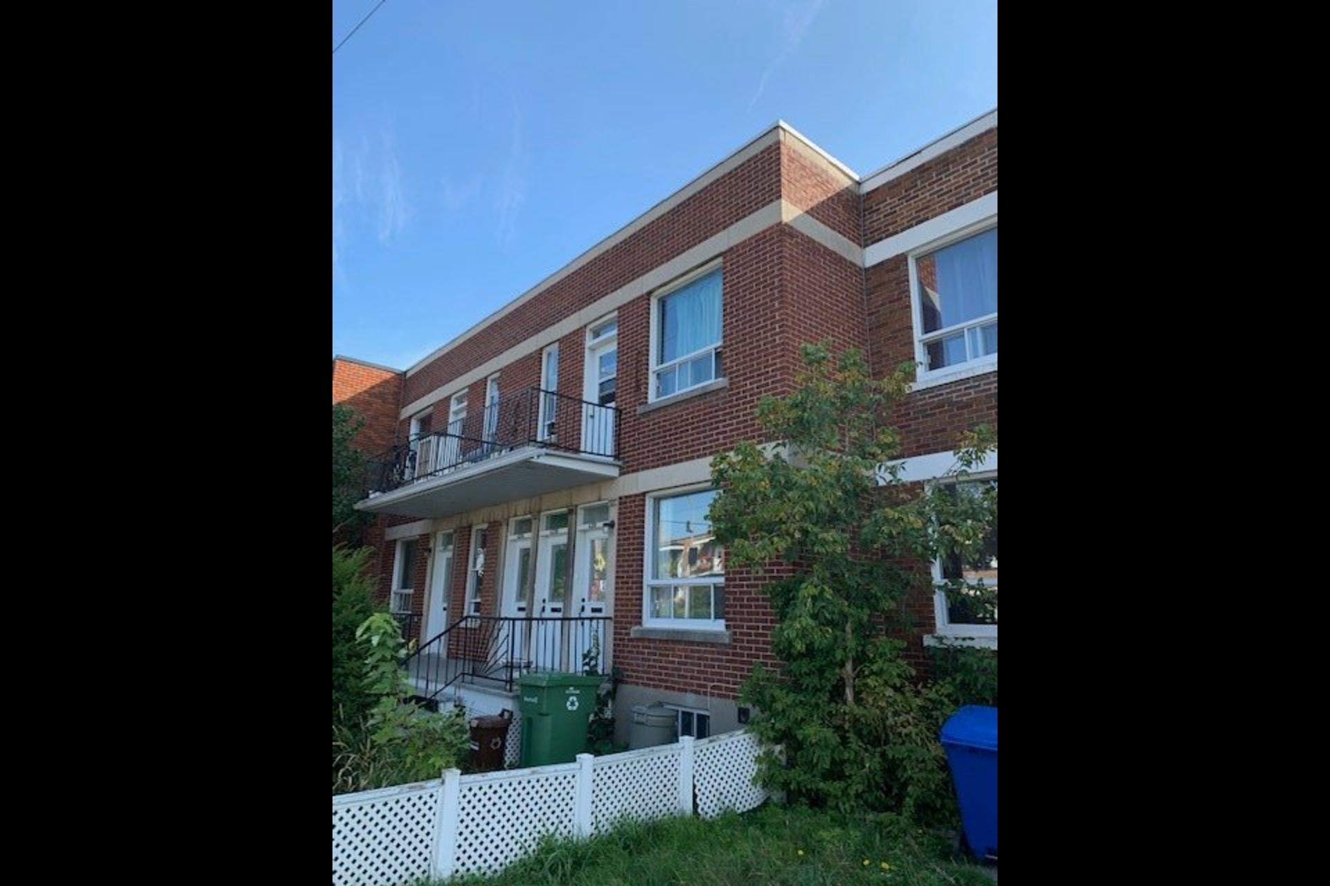 image 3 - Quadruplex For sale Verdun/Île-des-Sours Montréal  - 5 rooms