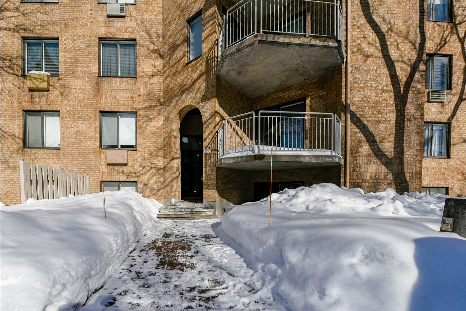 image 16 - Appartement À vendre Chomedey Laval  - 3 pièces