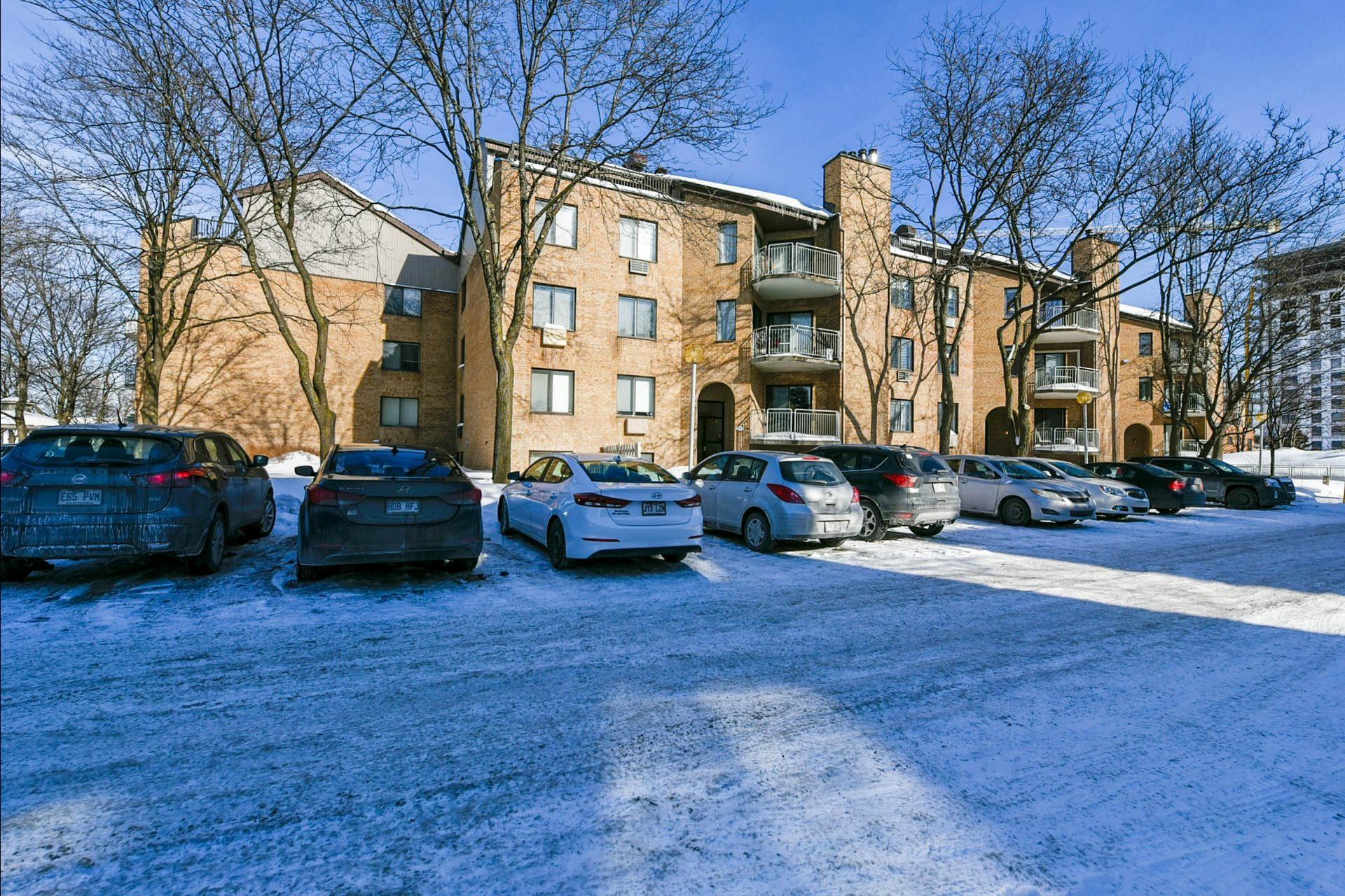 image 15 - Appartement À vendre Chomedey Laval  - 3 pièces