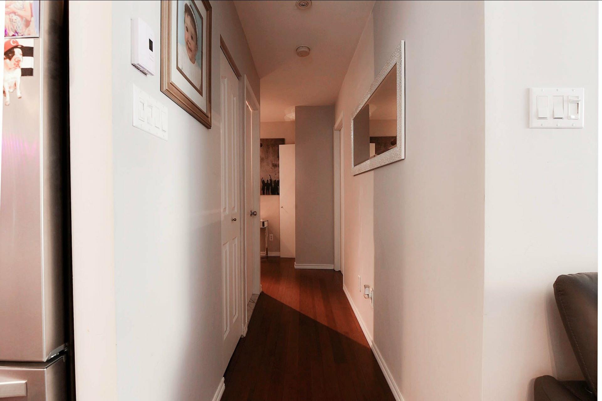 image 10 - Appartement À vendre Chomedey Laval  - 3 pièces