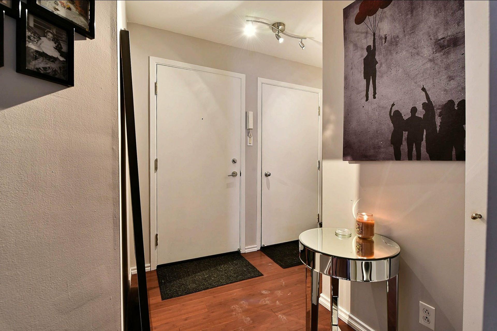 image 14 - Appartement À vendre Chomedey Laval  - 3 pièces