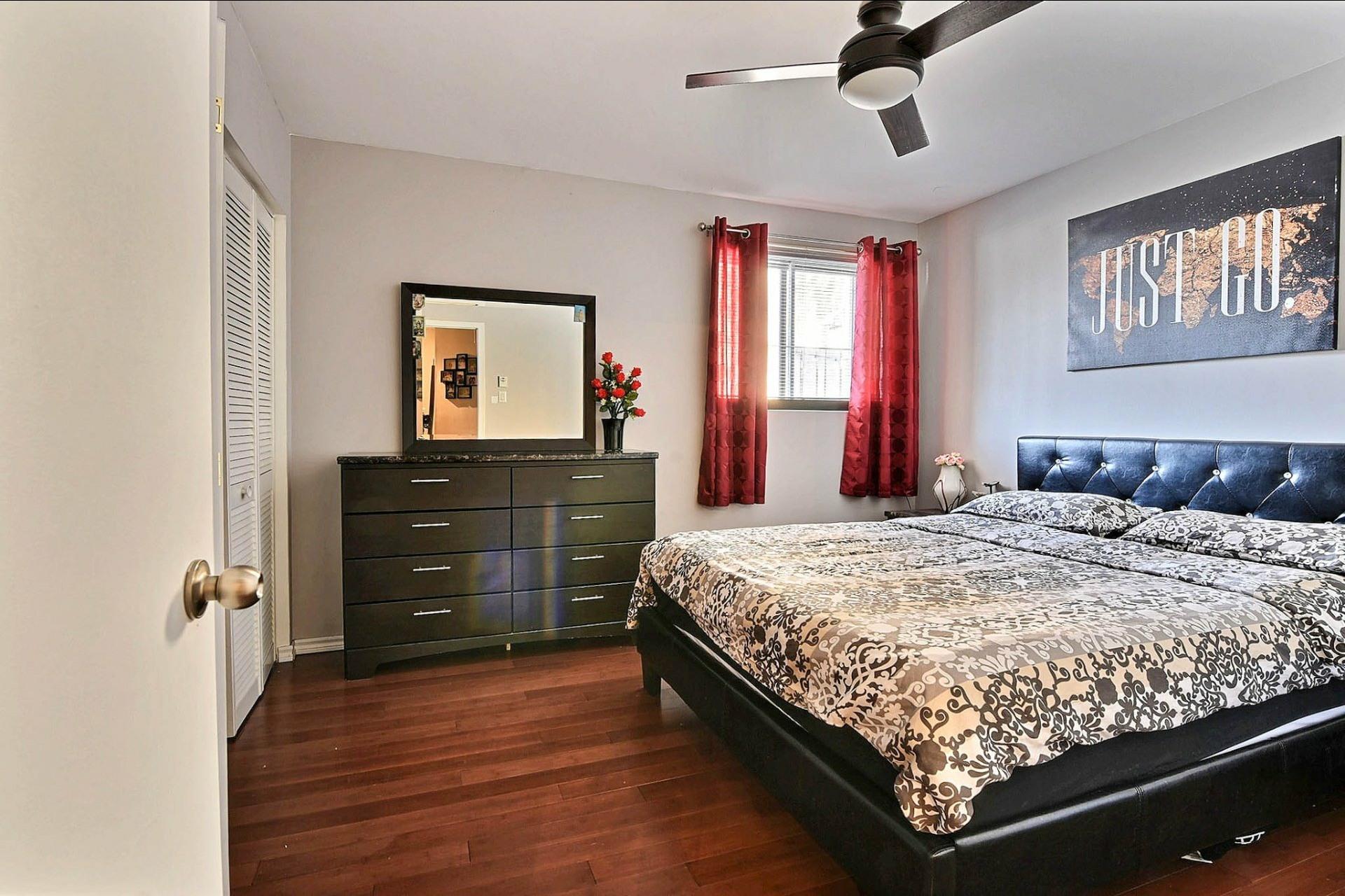 image 12 - Appartement À vendre Chomedey Laval  - 3 pièces