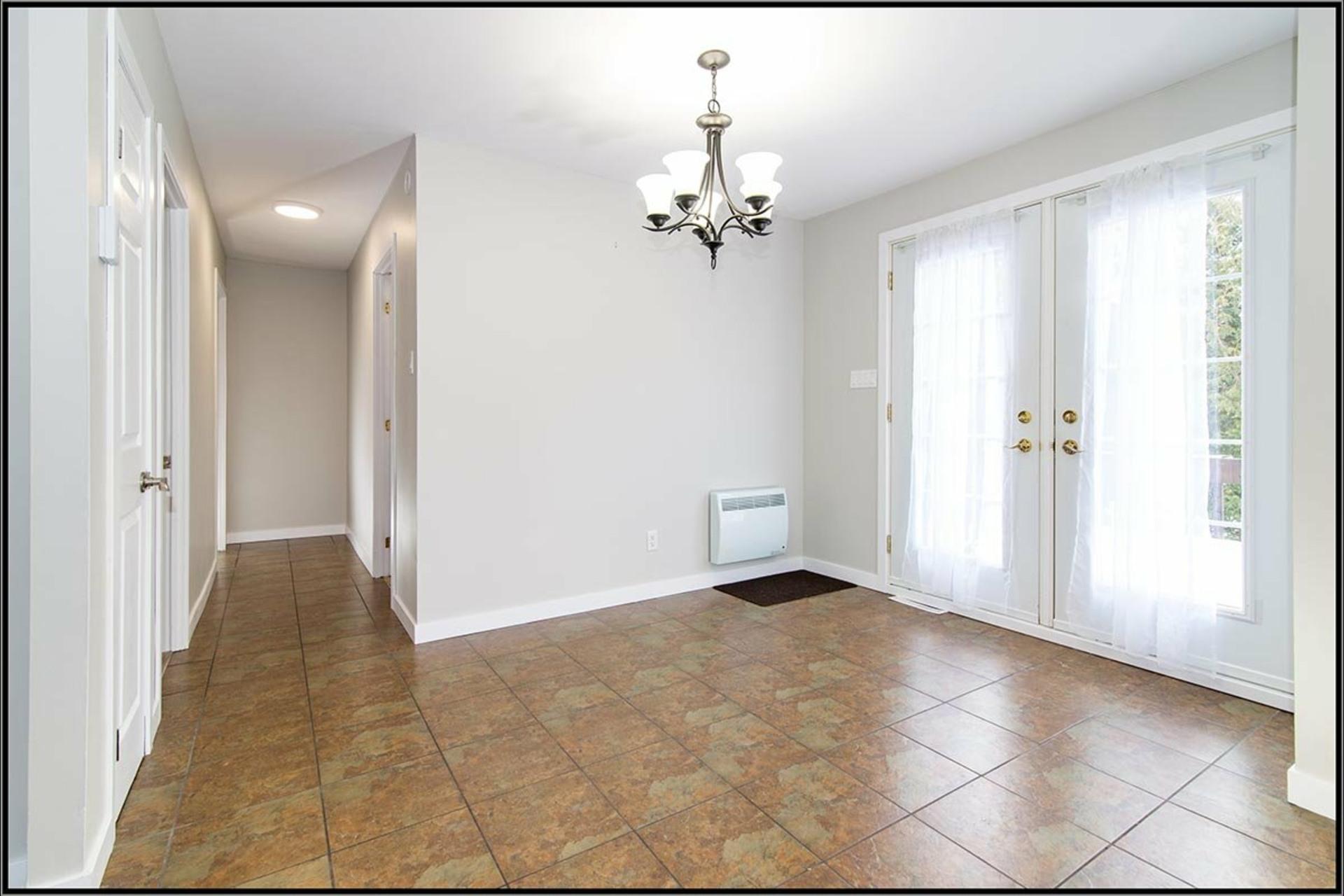 image 3 - Maison À vendre Sainte-Catherine-de-la-Jacques-Cartier - 13 pièces