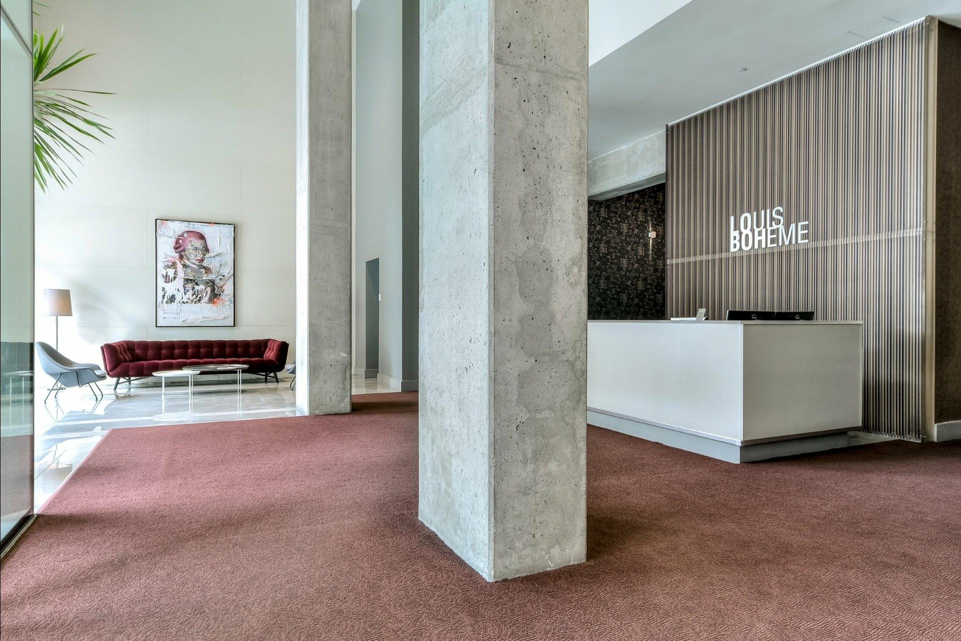 image 18 - Appartement À louer Ville-Marie Montréal  - 5 pièces