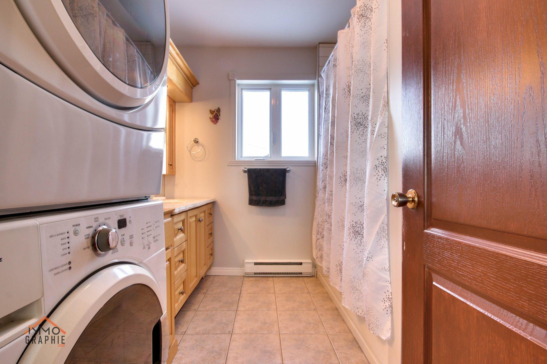 image 18 - Maison À vendre Saint-Pierre-les-Becquets - 8 pièces