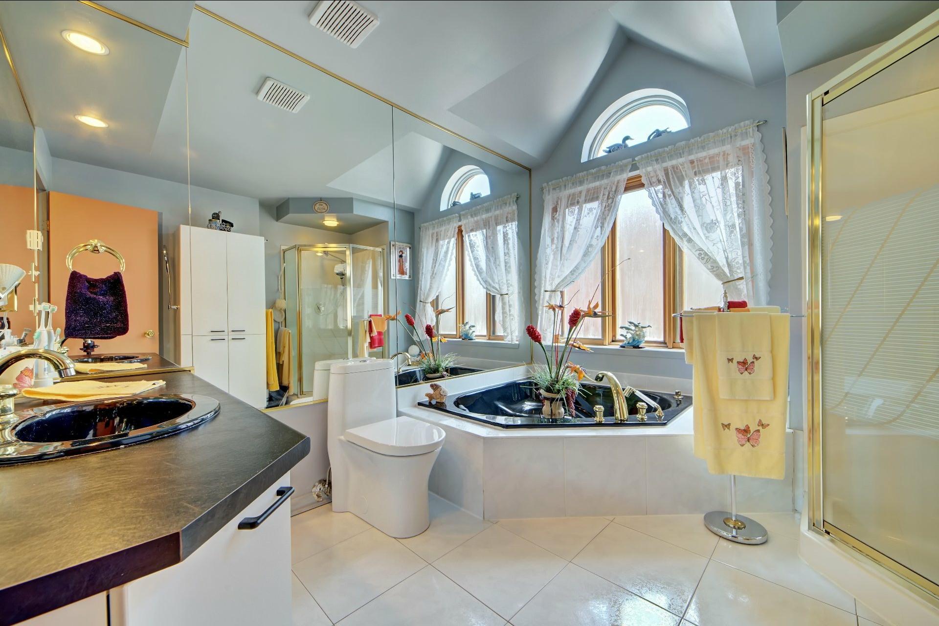 image 19 - House For sale Lachine Montréal  - 11 rooms