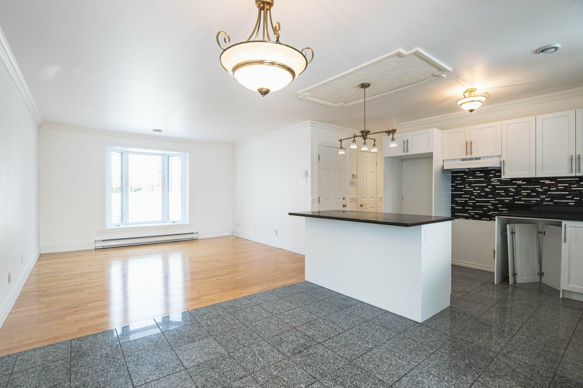 image 4 - Duplex For sale Saint-Augustin-de-Desmaures - 6 rooms