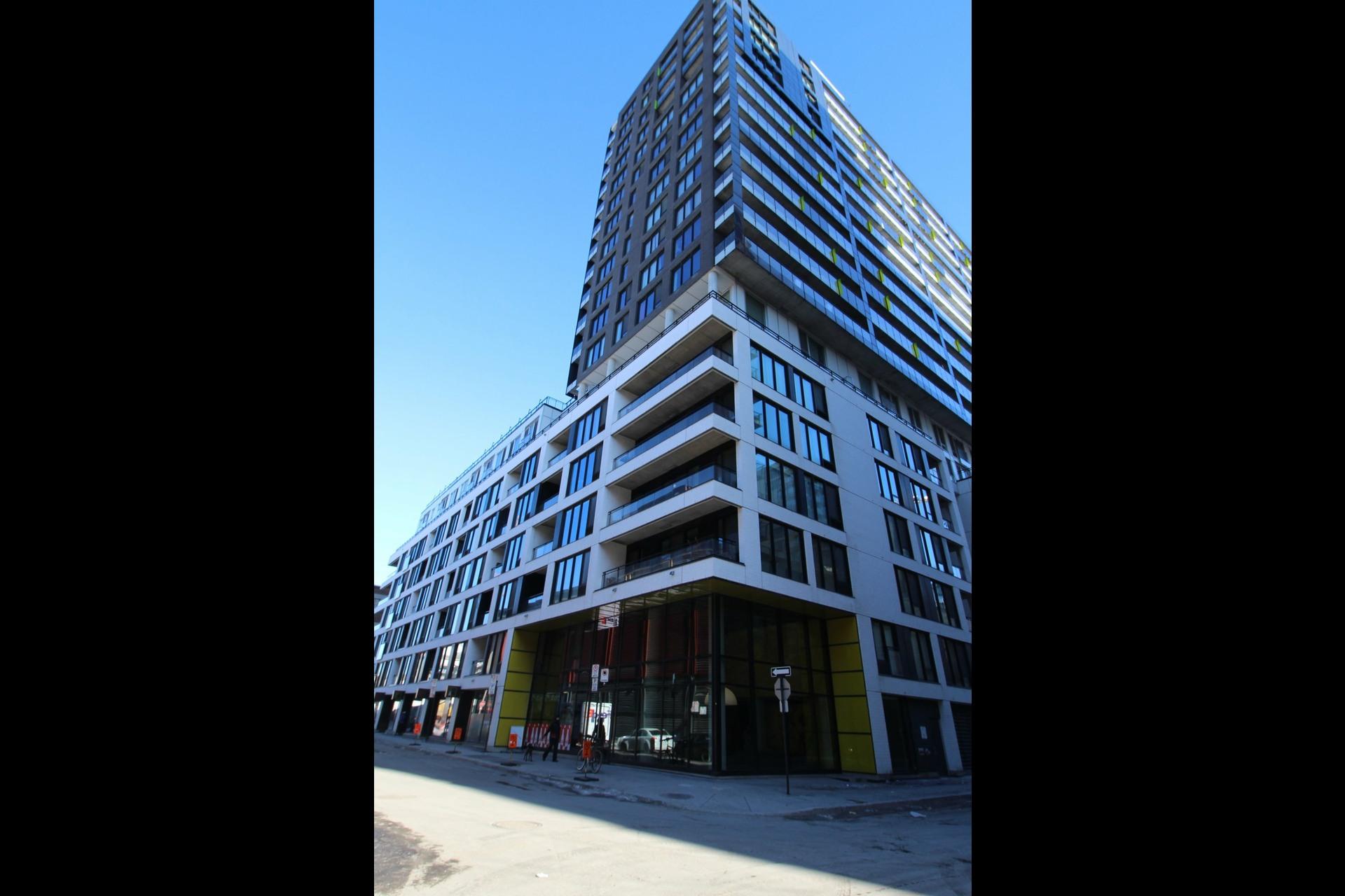 image 28 - Appartement À louer Le Sud-Ouest Montréal  - 5 pièces