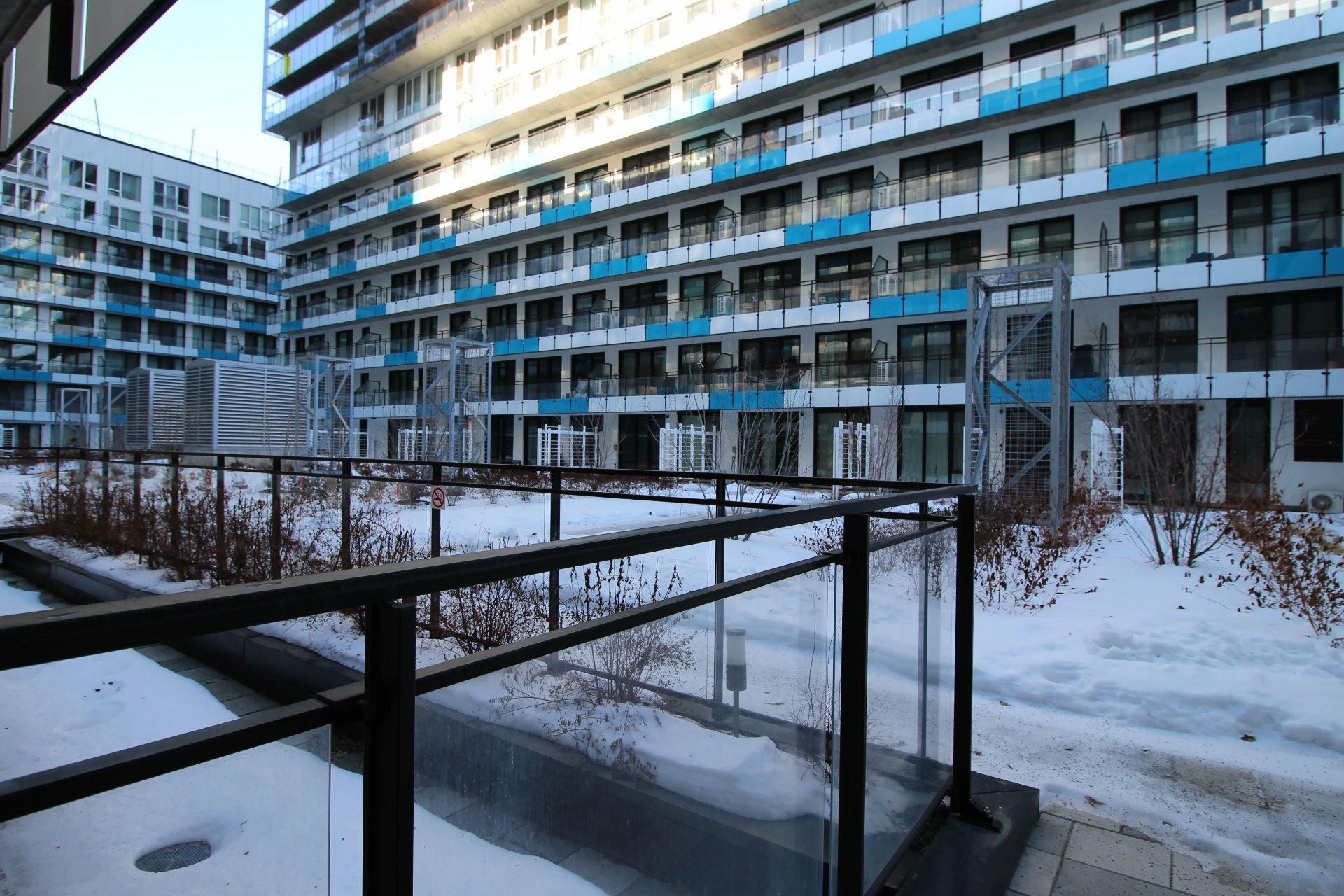 image 29 - Appartement À louer Le Sud-Ouest Montréal  - 5 pièces