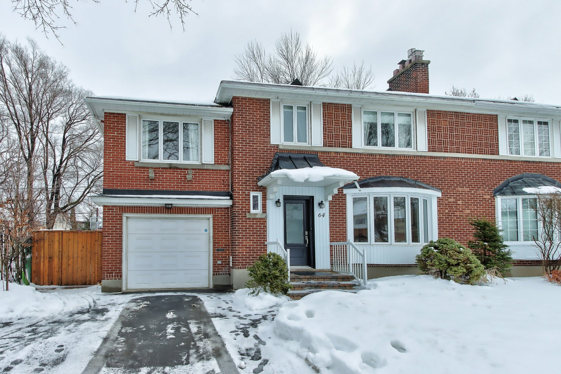 image 0 - House For sale Mont-Royal - 8 rooms