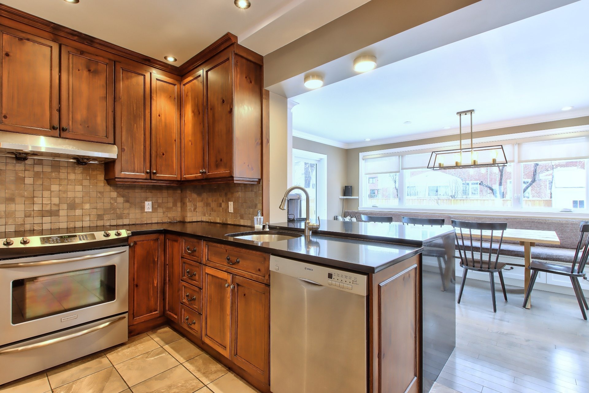 image 11 - House For sale Mont-Royal - 8 rooms