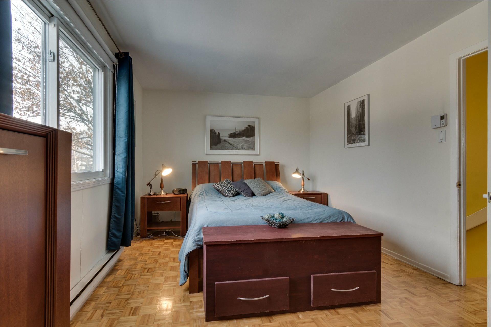 image 24 - Maison À vendre Saint-Vincent-de-Paul Laval  - 8 pièces