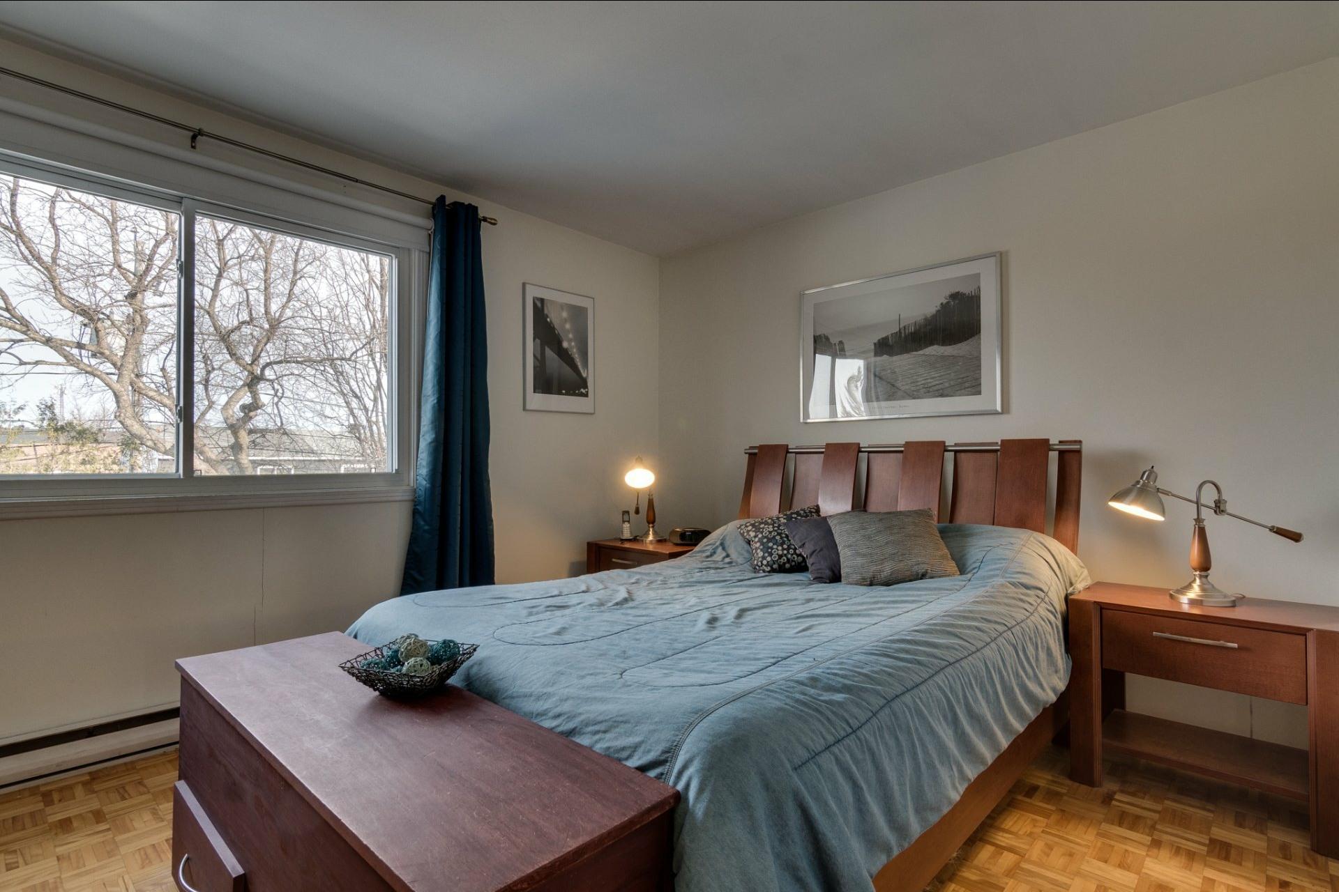 image 23 - Maison À vendre Saint-Vincent-de-Paul Laval  - 8 pièces