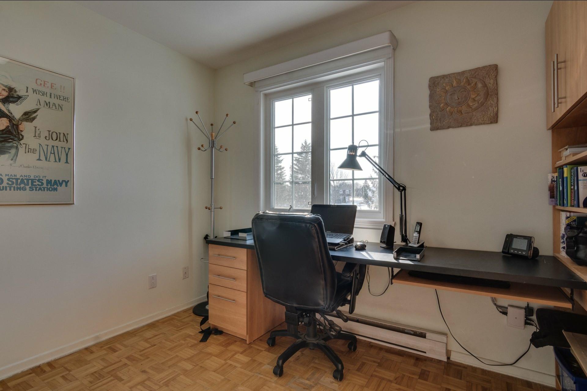image 18 - Maison À vendre Saint-Vincent-de-Paul Laval  - 8 pièces
