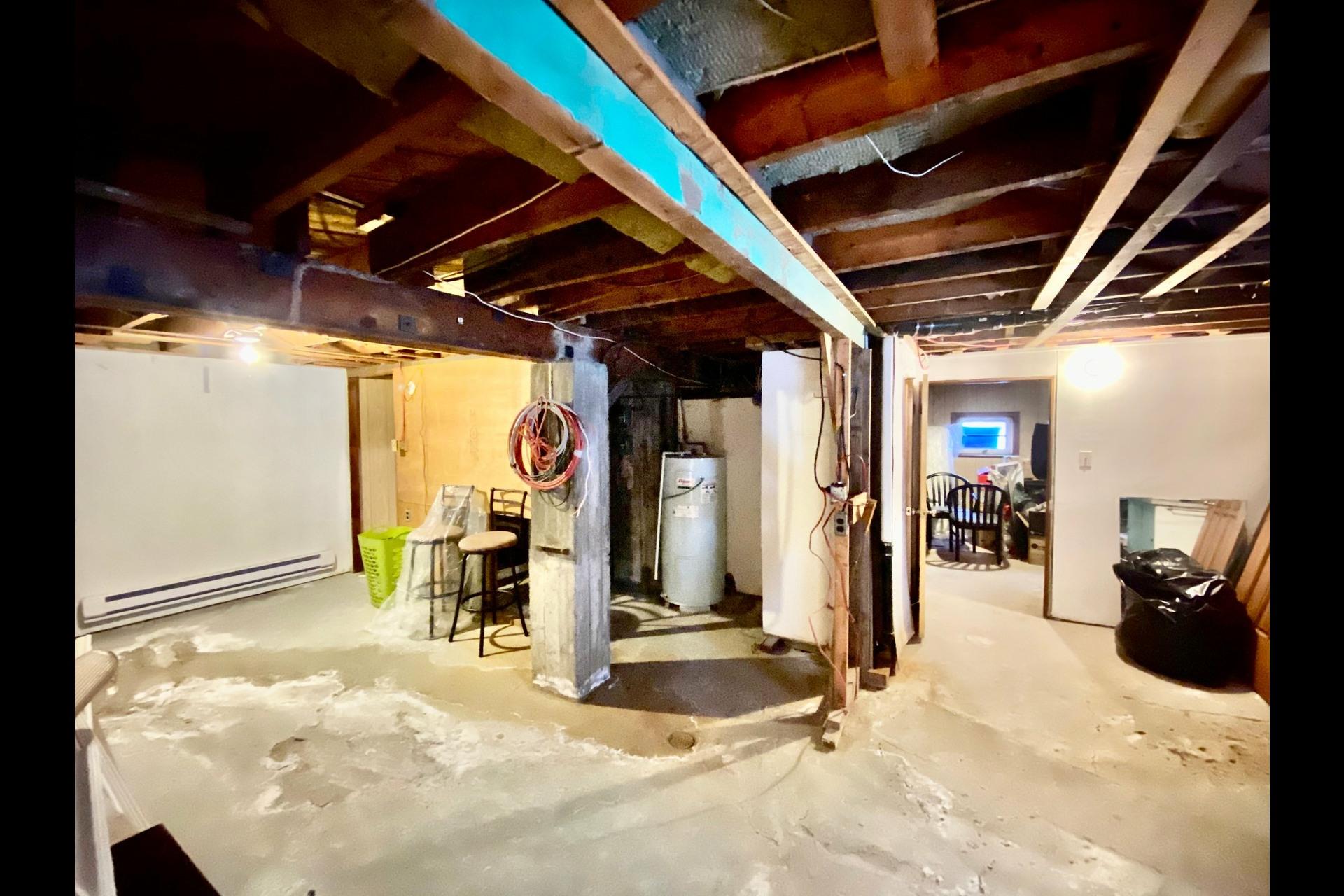 image 16 - Duplex À vendre LaSalle Montréal  - 4 pièces